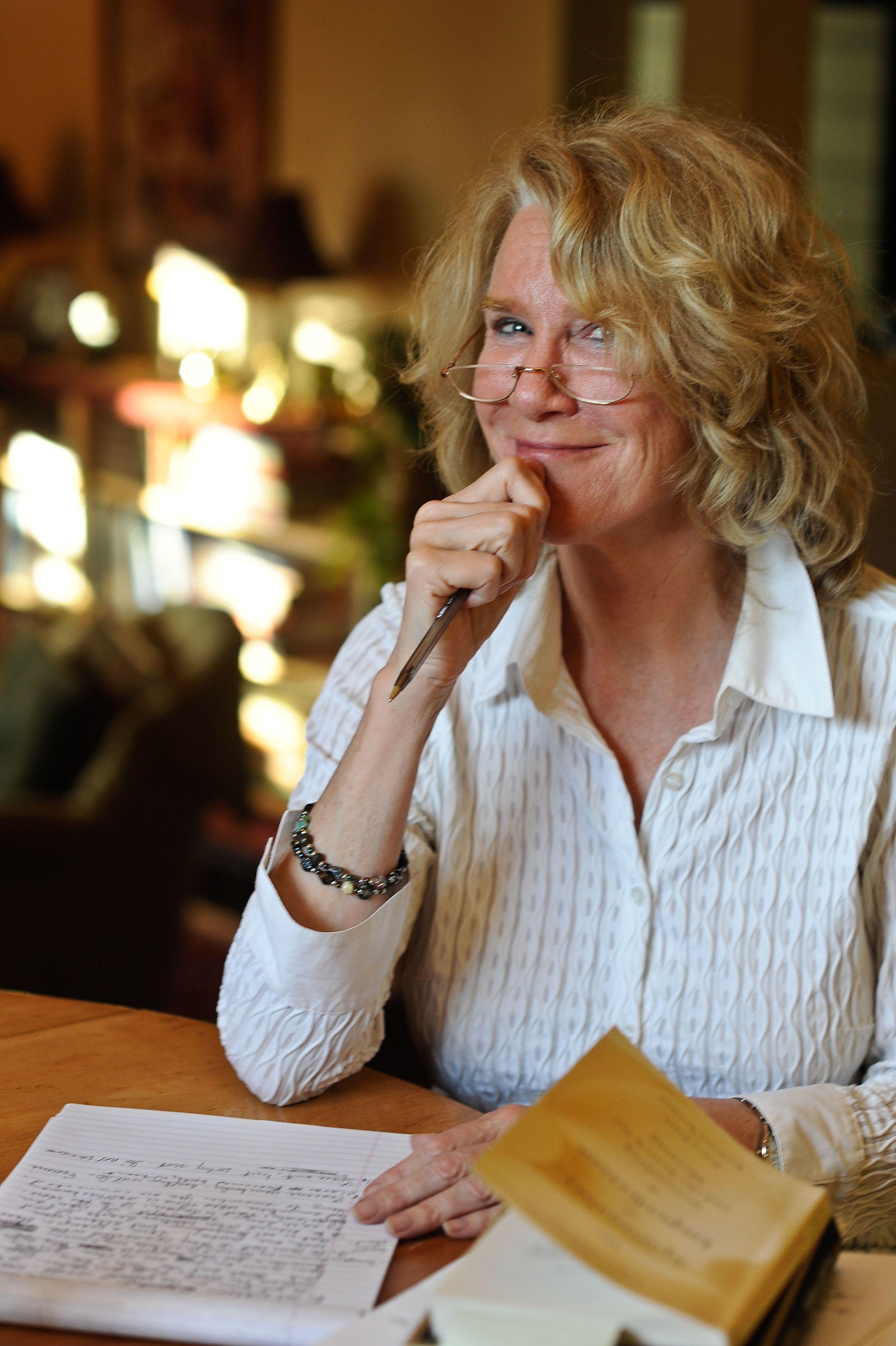 Sandra Lee Dennis