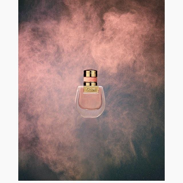 Done! #powderphotography #duststormmaking #chloeperfume #chloenomadeperfume #actionphotography