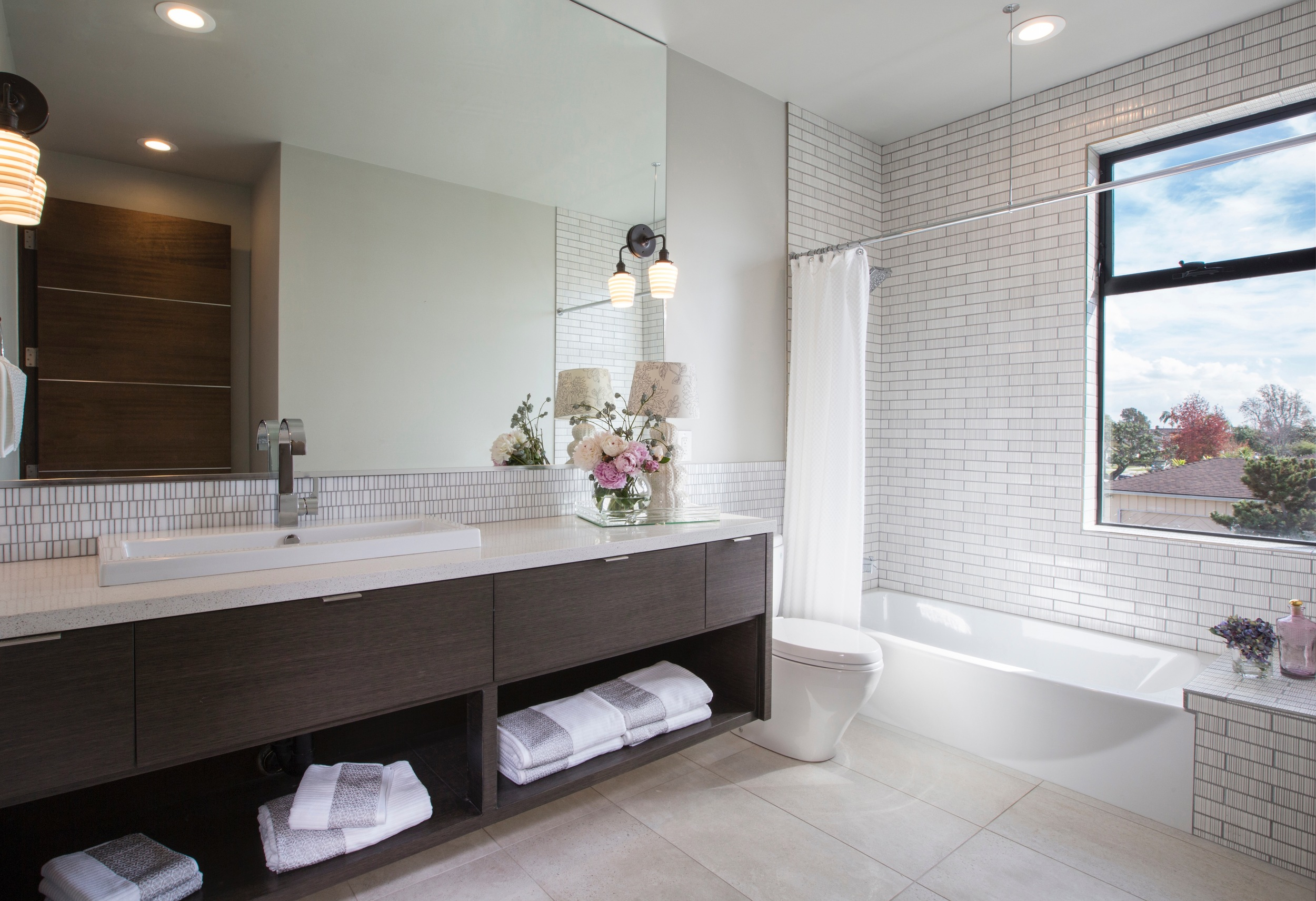Cabrillo_GuestBath_HR.jpg
