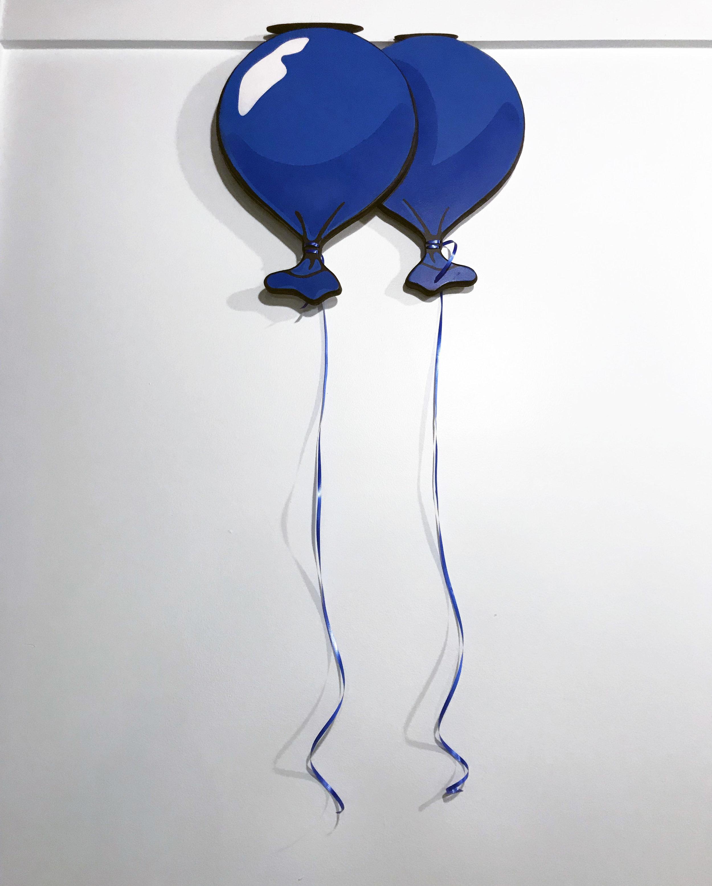 blue double wood balloon.jpg