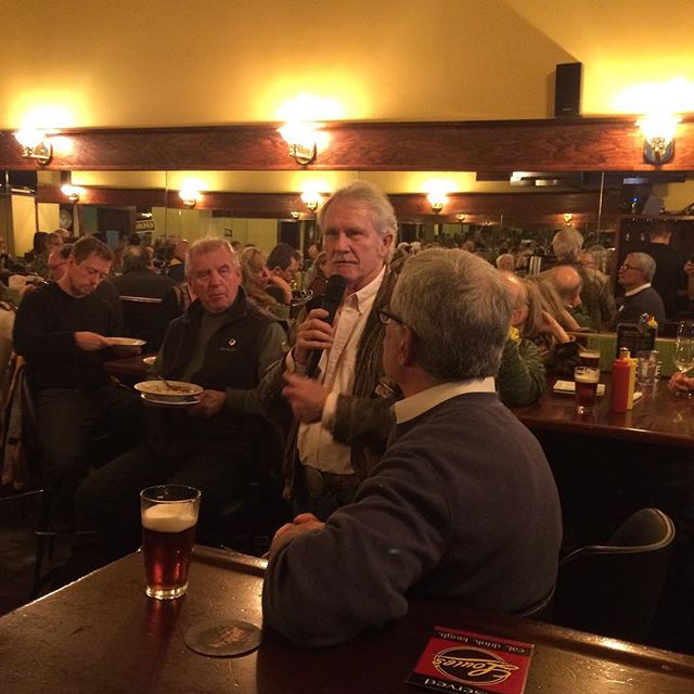 Governor John Kitzhaber and Jeff Golden at Louie's for a community forum.