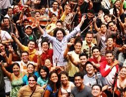 Dudamel with El Sistema students