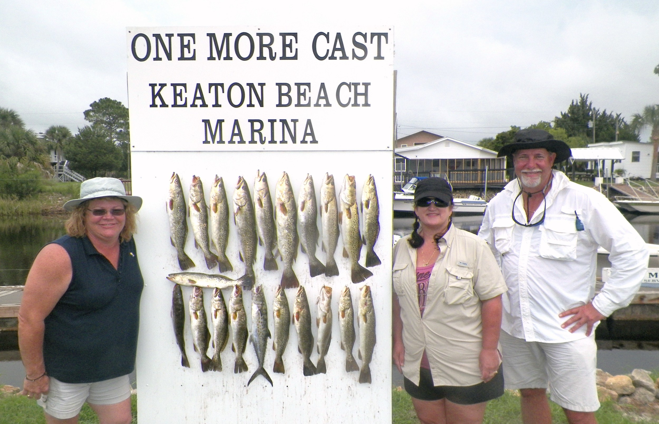Leanne Powell & Dawn Taylor of Perry, Fl. with Steve Johnson of Live Oak, Fl. with a Great Day's catch 9/19/14