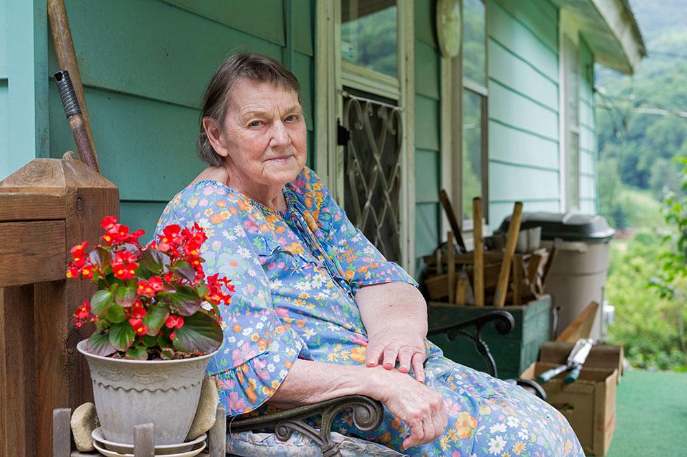 L1005047     new us mf Dorothy Burgess.jpg