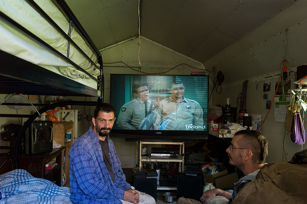 L1005202   us mf Billy and Bobby Barton in their home,shed.jpg
