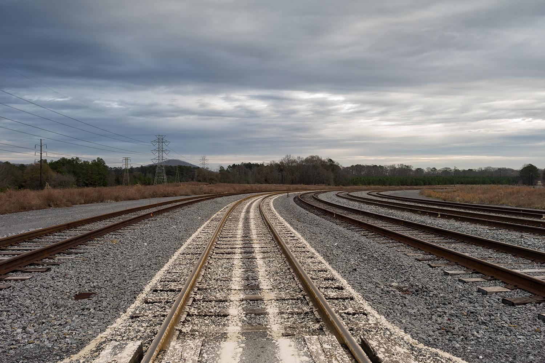 L1001786    us mf w tc rail tracks Plant Bowen.jpg