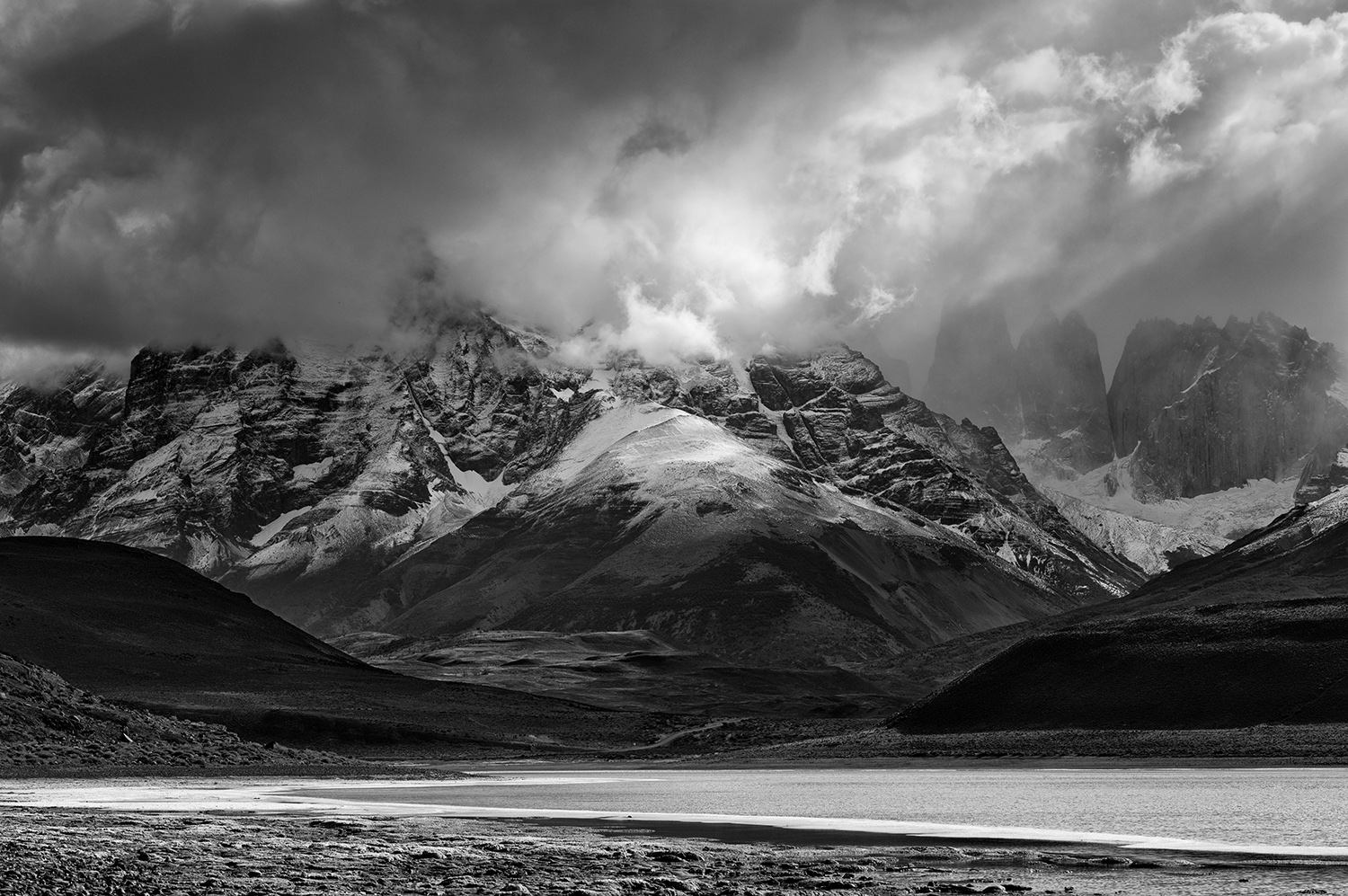 L1004150    SEP good us mf Torres del Paine.jpg