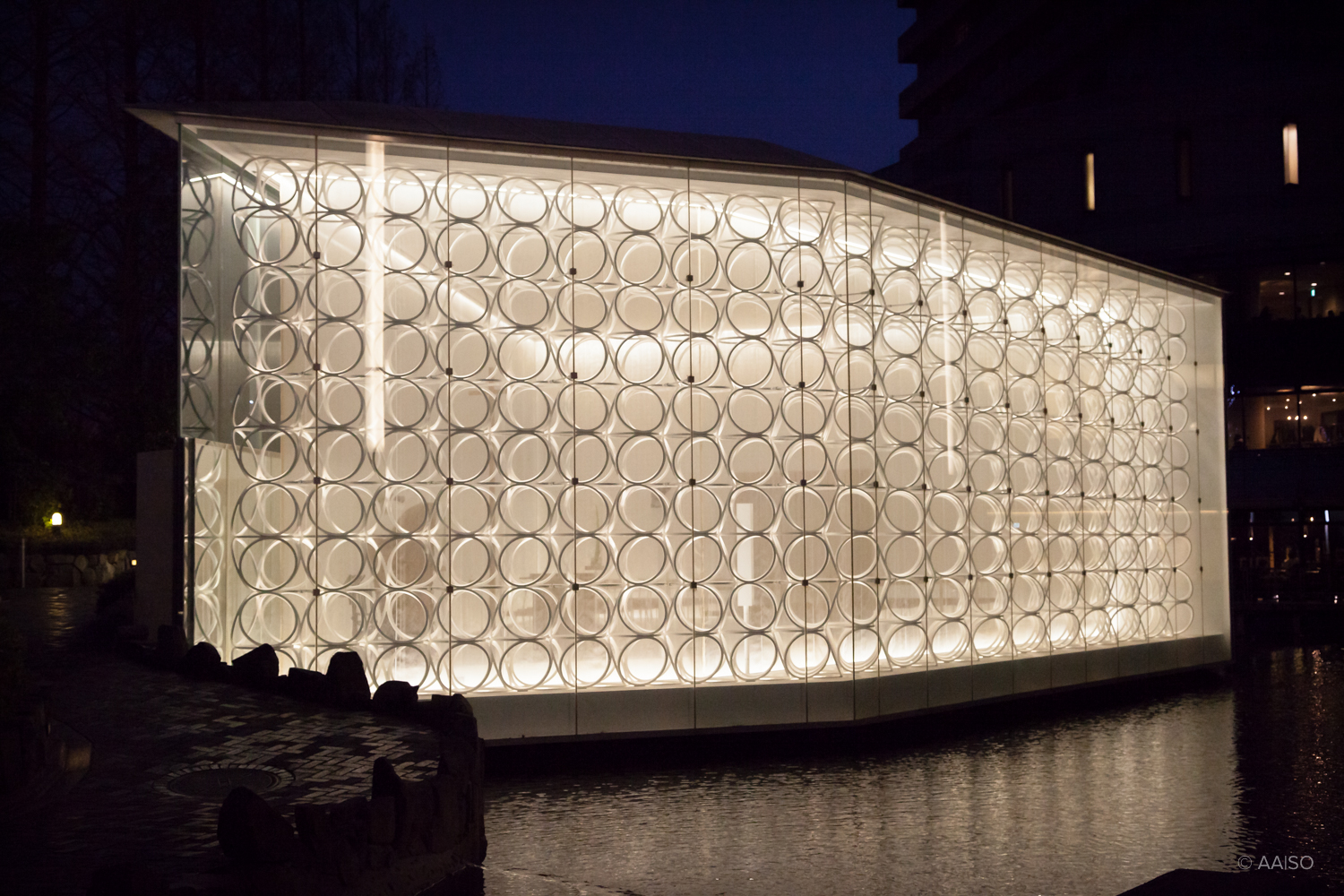 Exterior View, White Chapel, Osaka, Jun Aoki