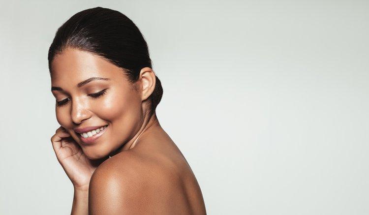 Glowy skin is one side effect of Hyaluronic Acid.