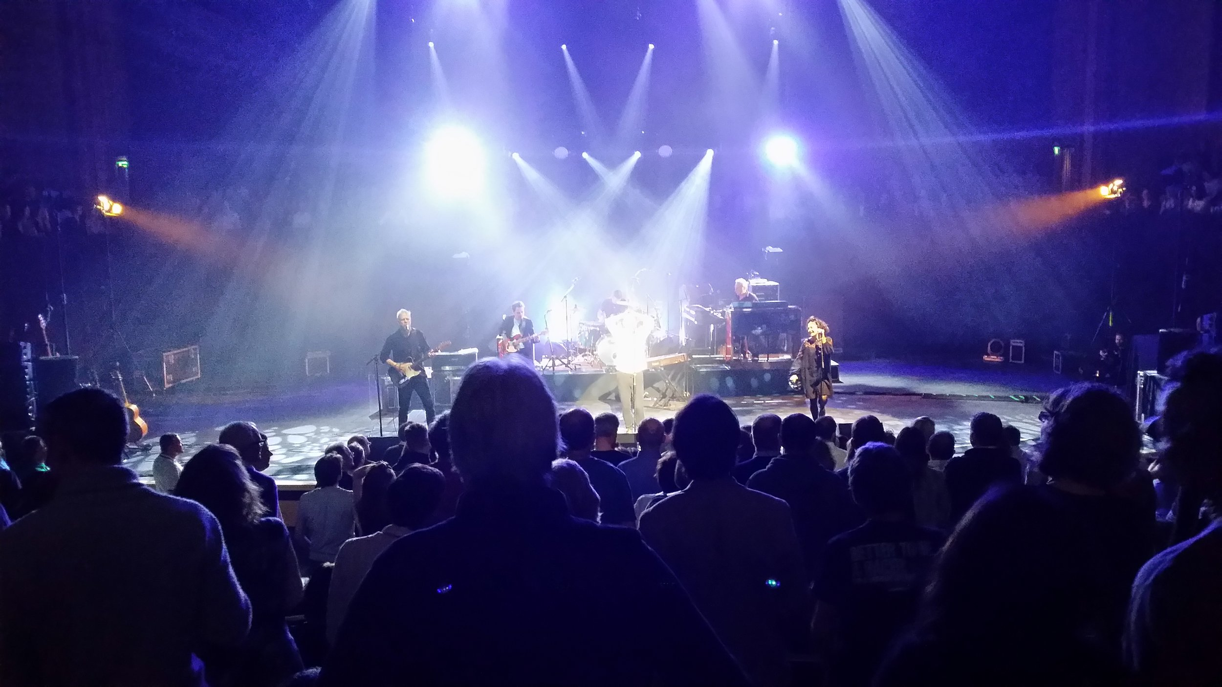 Deacon Blue in the round