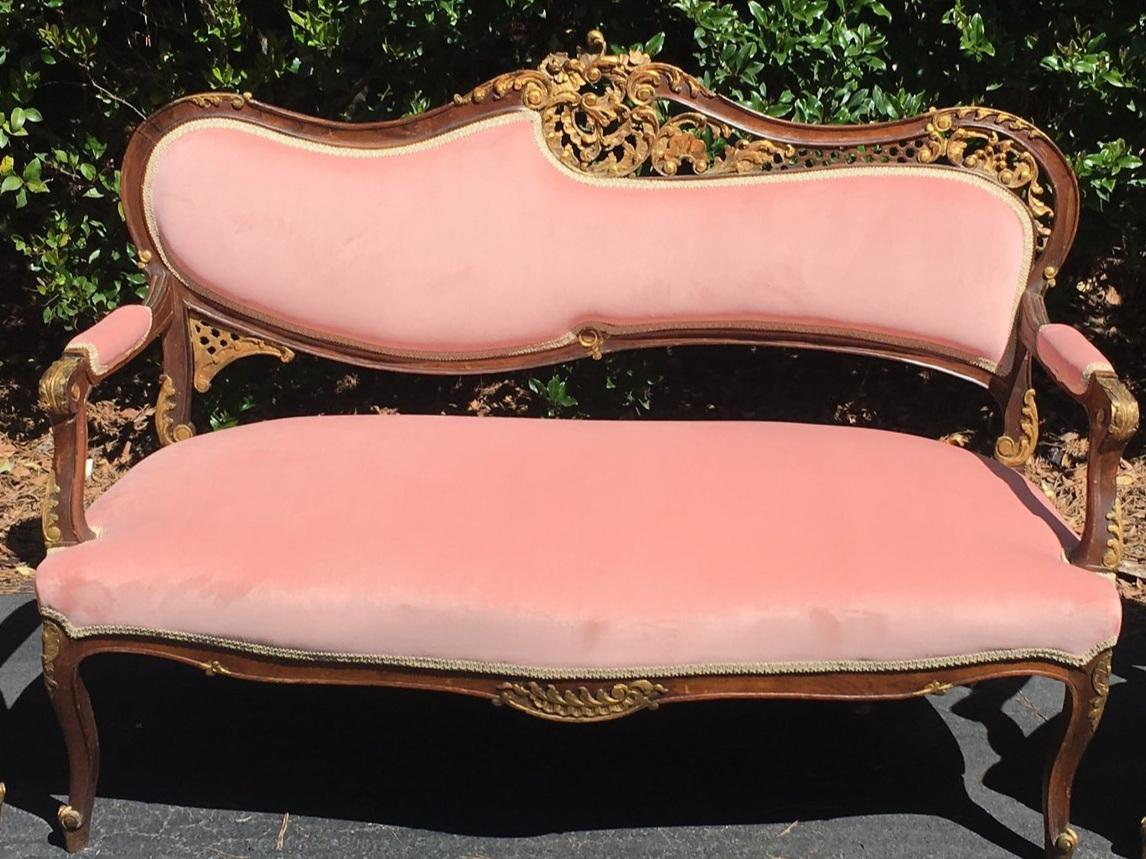 Pretty In Pink Sofa