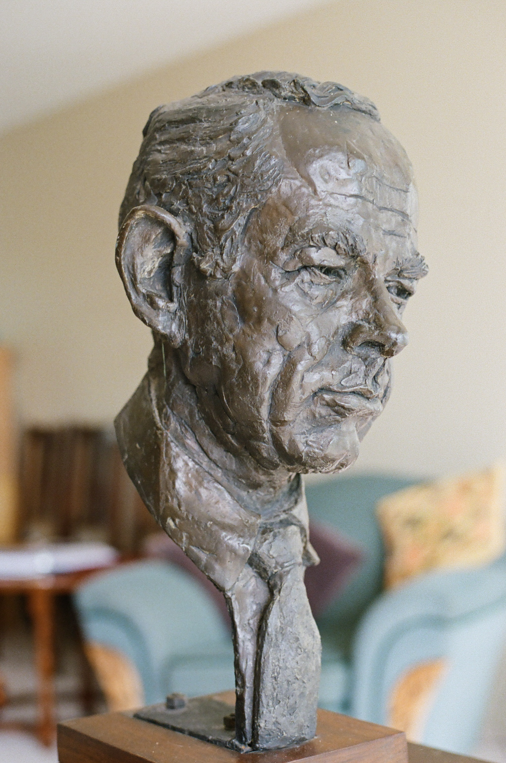 Photo courtesy Gina Page. Bust of Wil Hudson by Keith Shields
