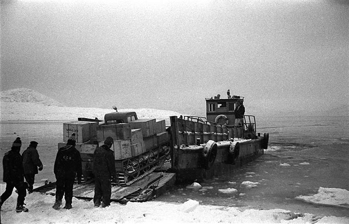 [Wil] says that the photo of the barge arriving with cargo on it looked just like that in the seventies.  Photo: HH Johnston Collection, courtesy Sean Johnston.