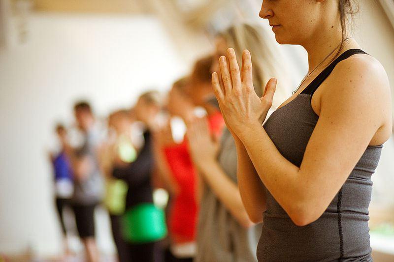 850-Yogahandsfornewpaper1.jpg