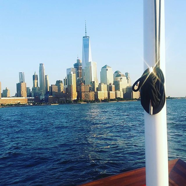 Kickin' it on a boat with the @centerforarch for #archtober.   we love this industry!!!! #designinspiration #boatcruise #manhattanskyline #nyc #designlife #architecture