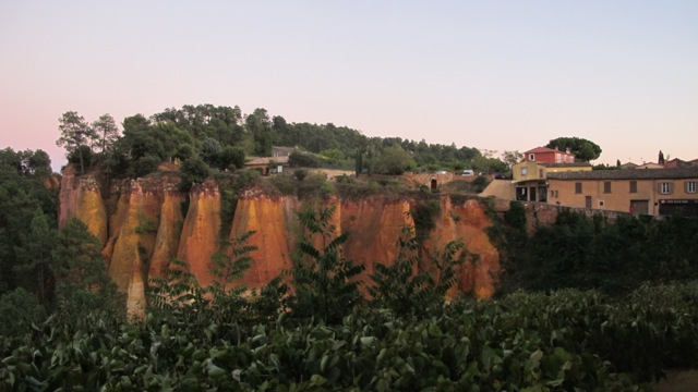 red rock cliffs of Roussillon