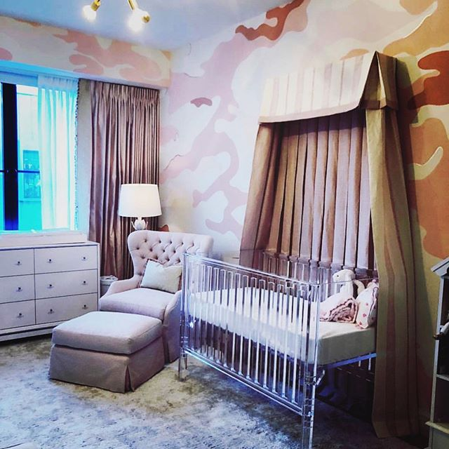 Pretty Pink Palace🎀💕!! What a nursery,  Just WOW !! @dinabandmaninteriors  outdid herself with this room, BRAVO 👏🏼 Custom canopy made with our fabric Patmos Stripe in color Shell. We just can't get enough of this space 😍 Thank you @dinabandmaninteriors  for incorporating our fabric in the mix #carolinairvingtextiles #nursery #prettypinkpalace #dinabandmaninteriors