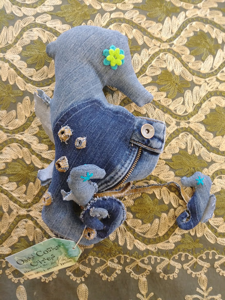 fin daddy seahorse.jpg