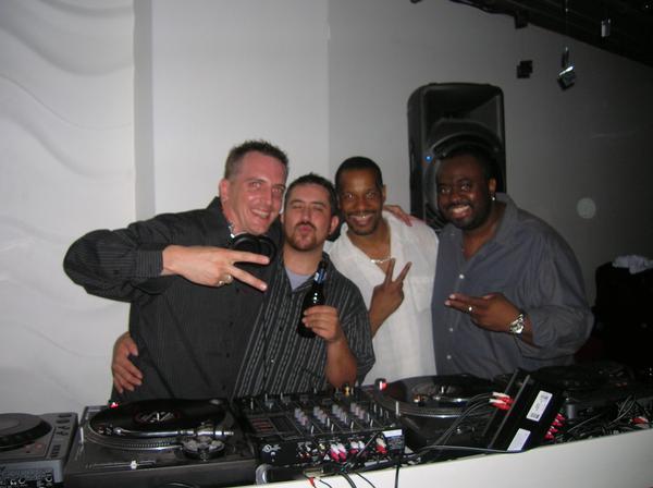 Mykey, Jake, Spindoctor, Dev J - See Sound Lounge '06