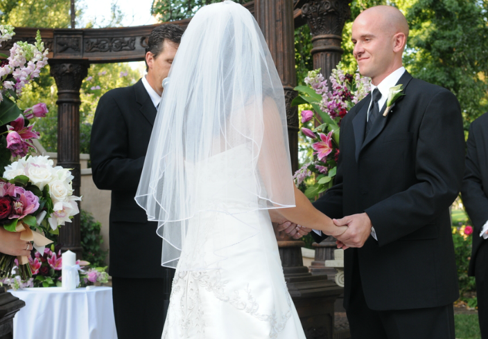 How to Write Your Own Wedding Vows // The Overwhelmed Bride Bridal Lifestyle + Wedding Blog, featuring Pastor Dave Page