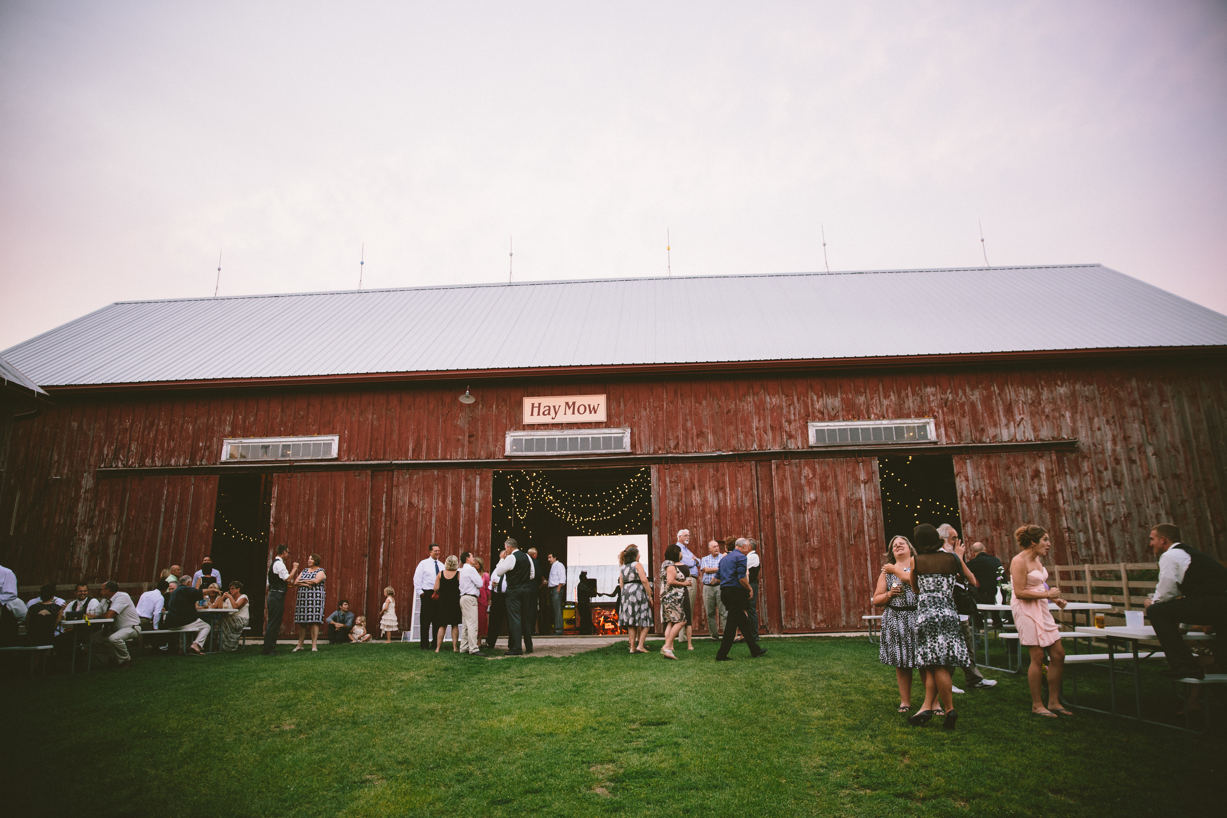 Mulberry Lane Farm Wedding: Meg + Paul // The Overwhelmed Bride Wedding Blog + Southern California Wedding Planner