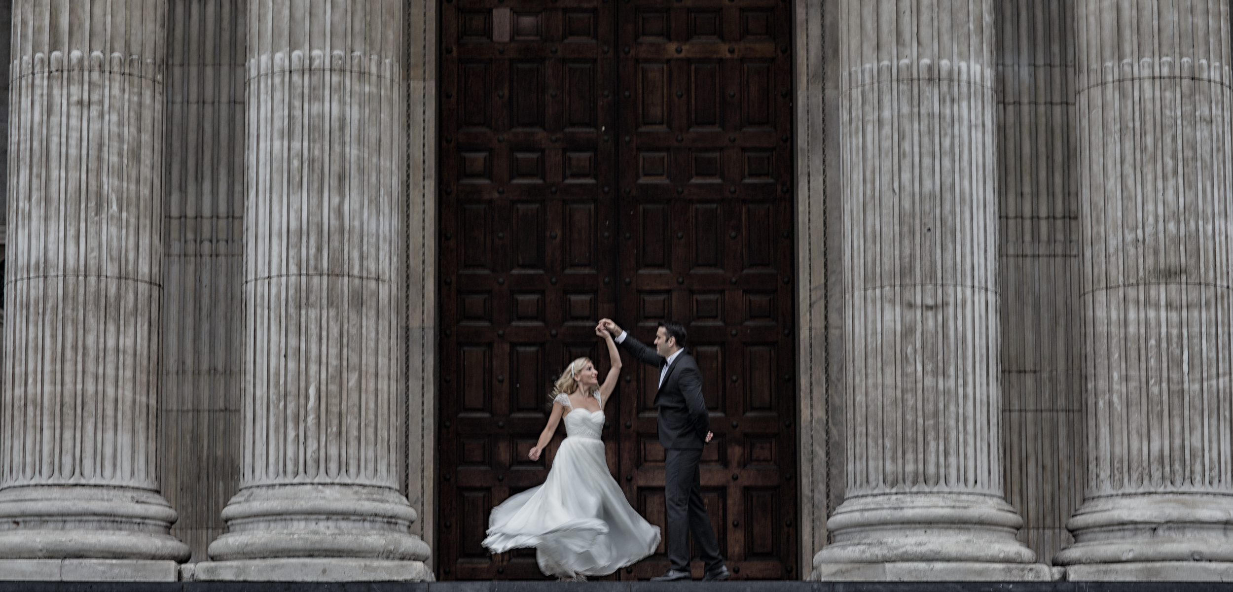 Impavido Studio Engagement Session Tips // The Overwhelmed Bride Wedding Blog + Southern California Wedding Planner