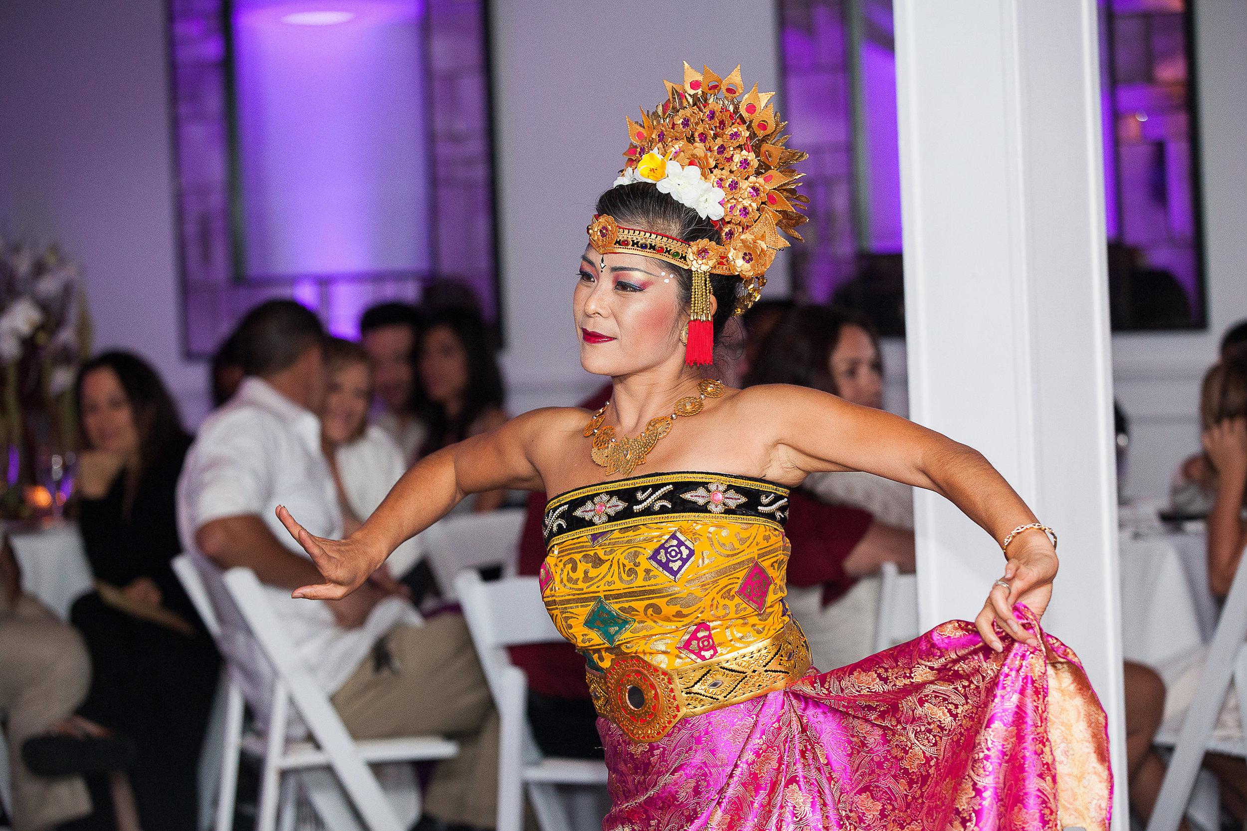 Balinese wedding dancer