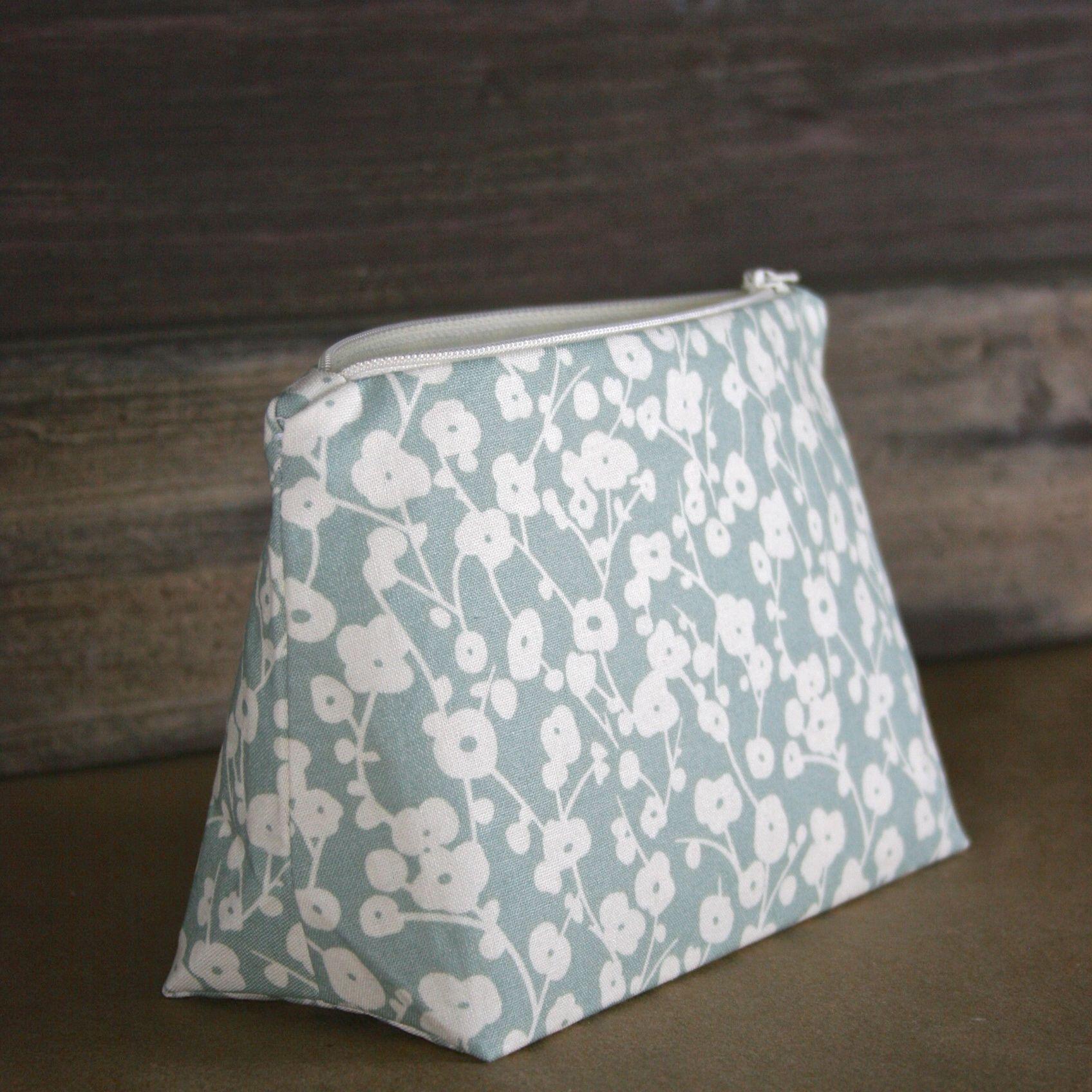 Soft Seafoam Cotton Blossom Floral Bag - Le Pique Nique by Jordani Sarreal 02.jpg