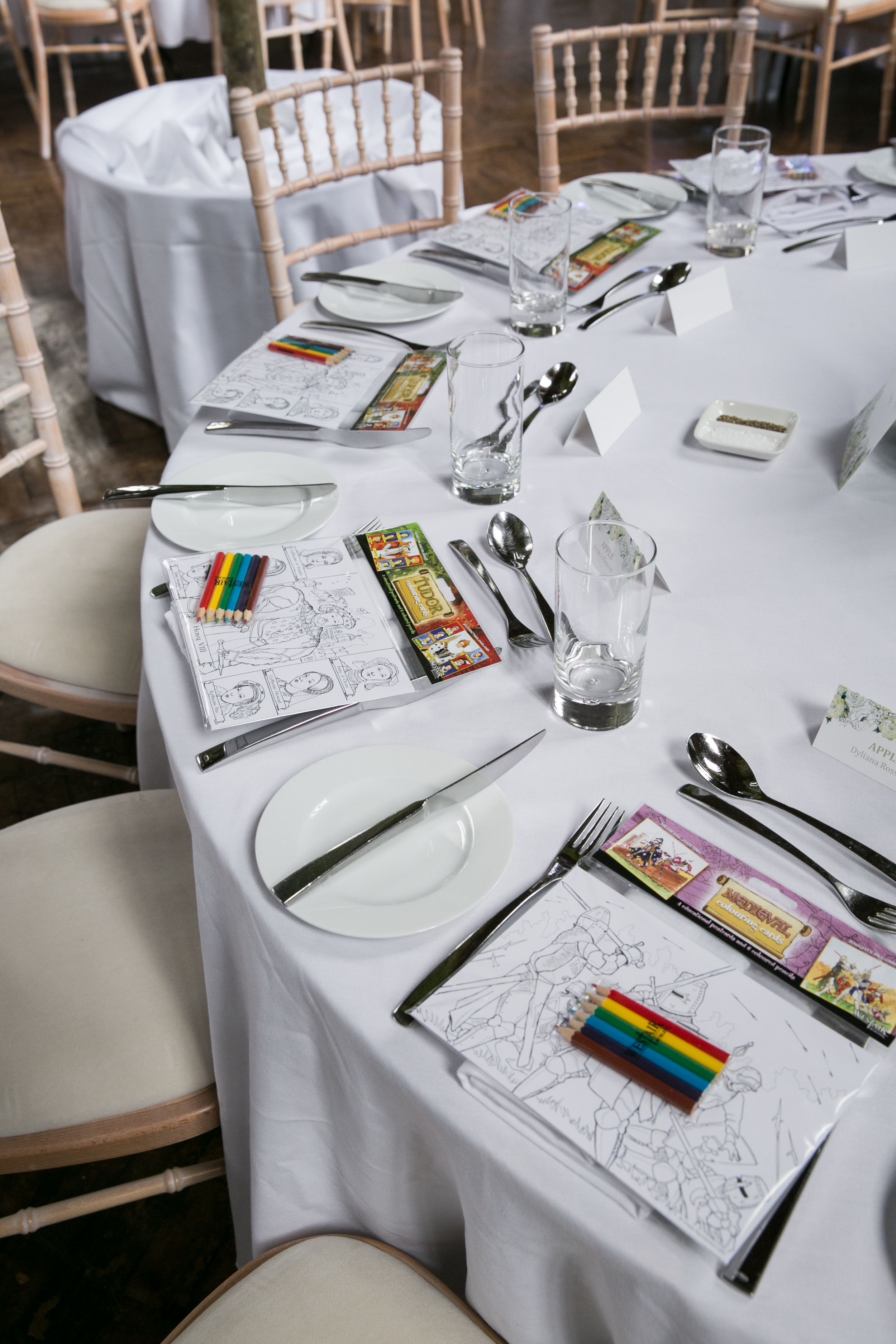 wedding kids table ideas