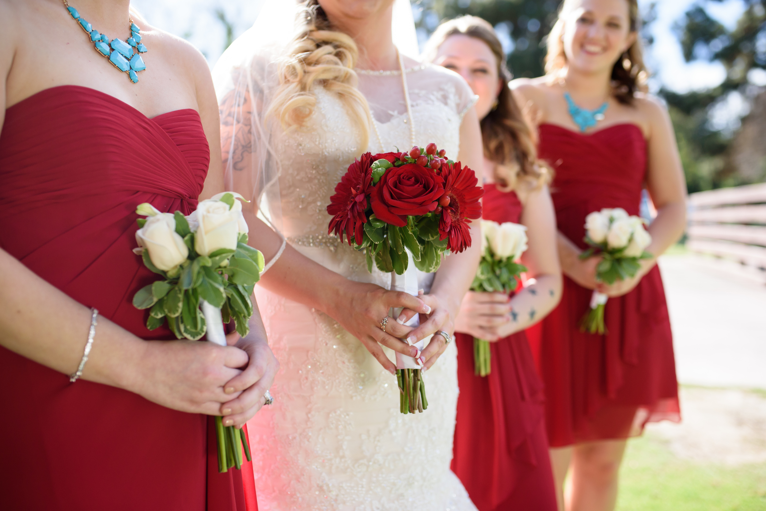 red and white bouquets //long beach wedding photography