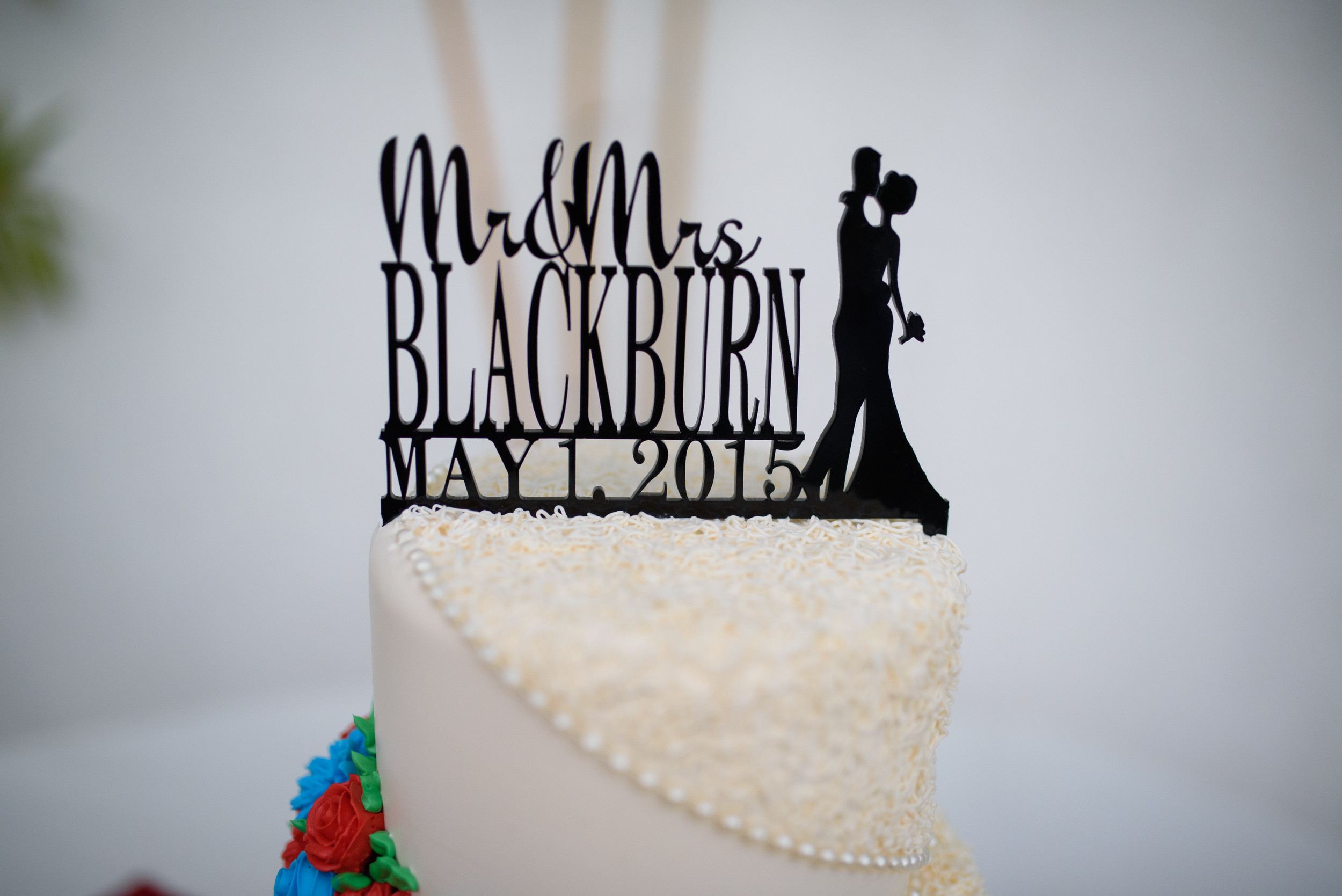 silhouette cake topper // simple cake topper // long beach wedding photographers
