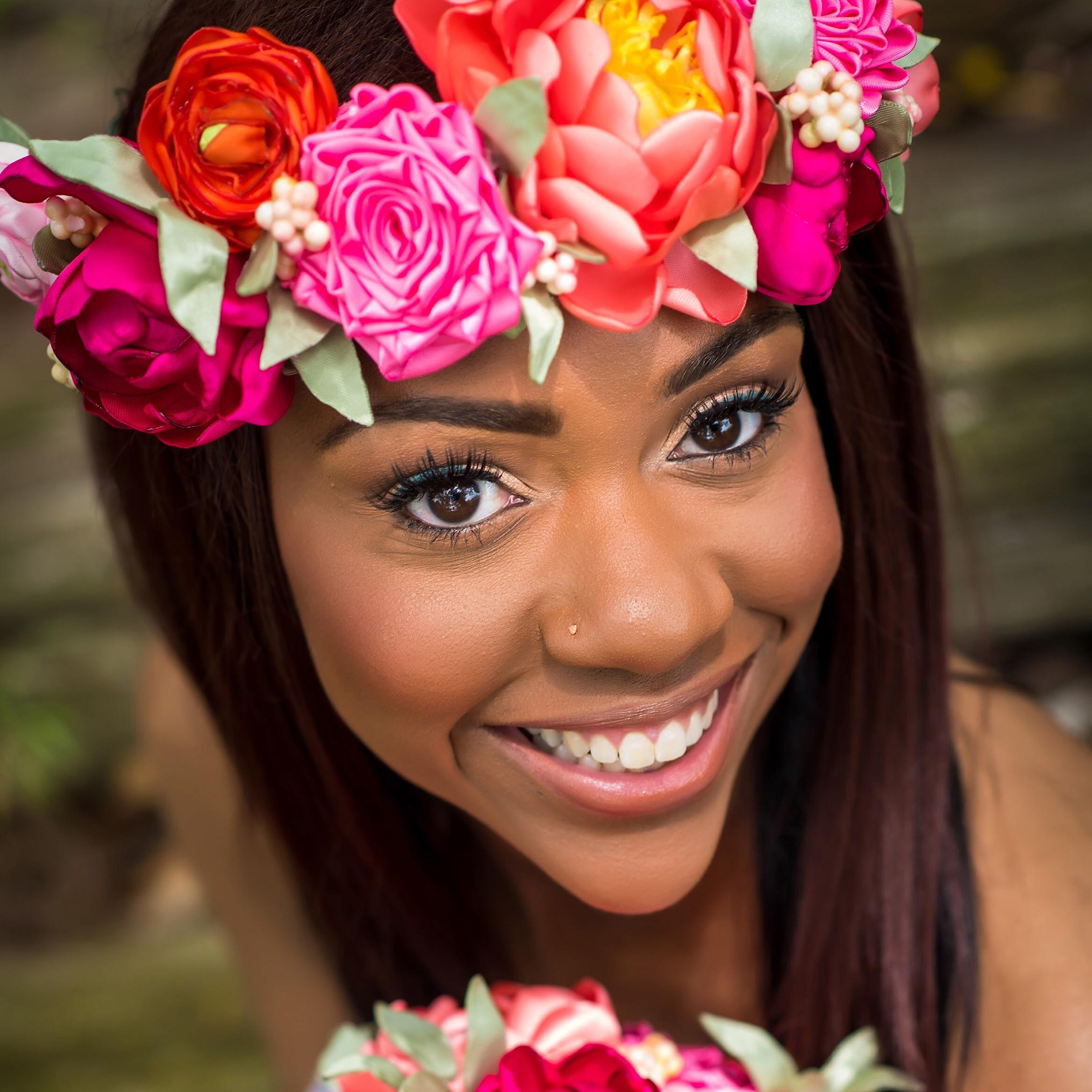 Makeup Artist:  Emma Anyanwu  Photography:  Alakija Photography Studio  Headpiece:  To Hold & To Have  ( The Bride List  Preferred Vendor)