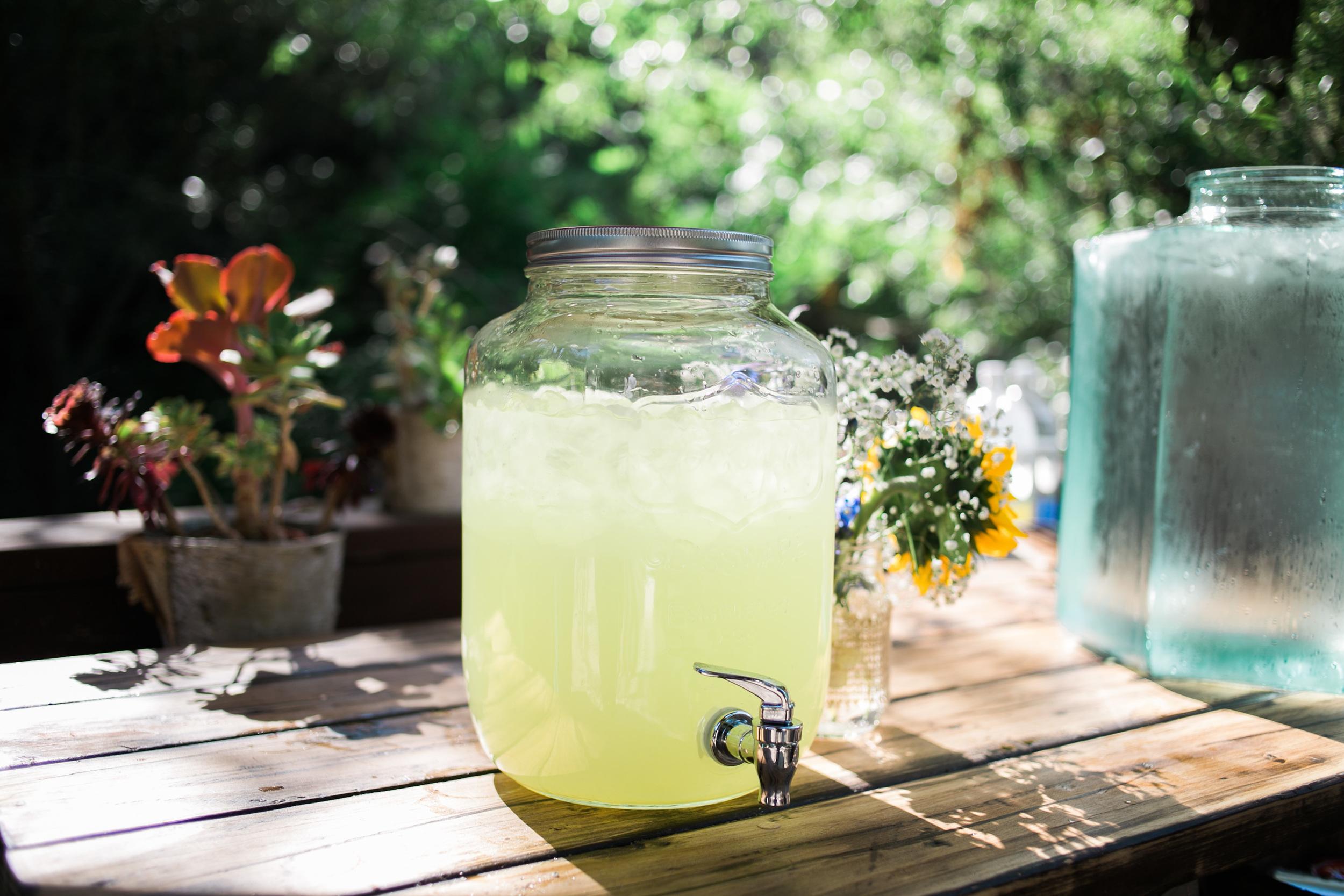 rustic wedding lemonade stand
