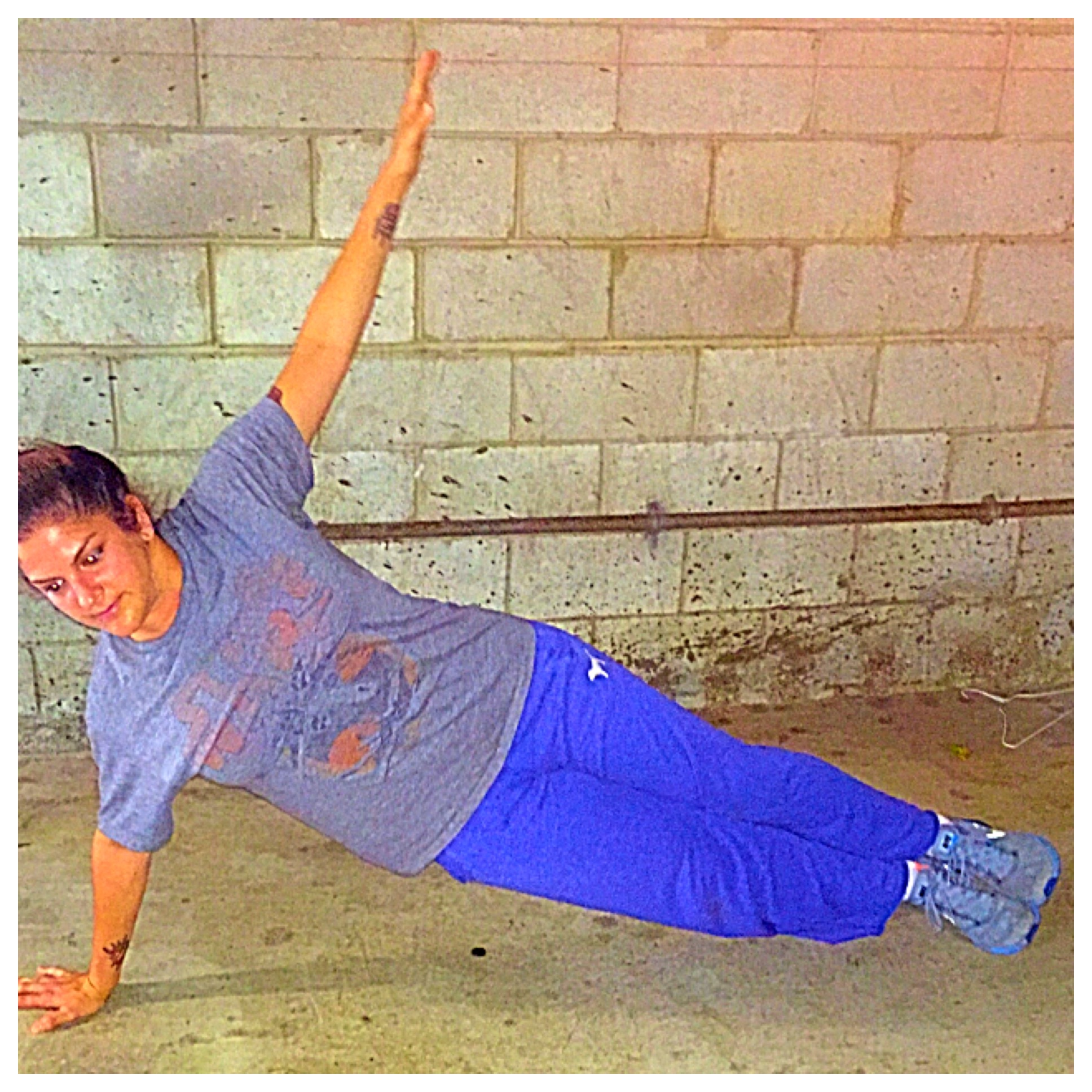 plank // core exercises at home