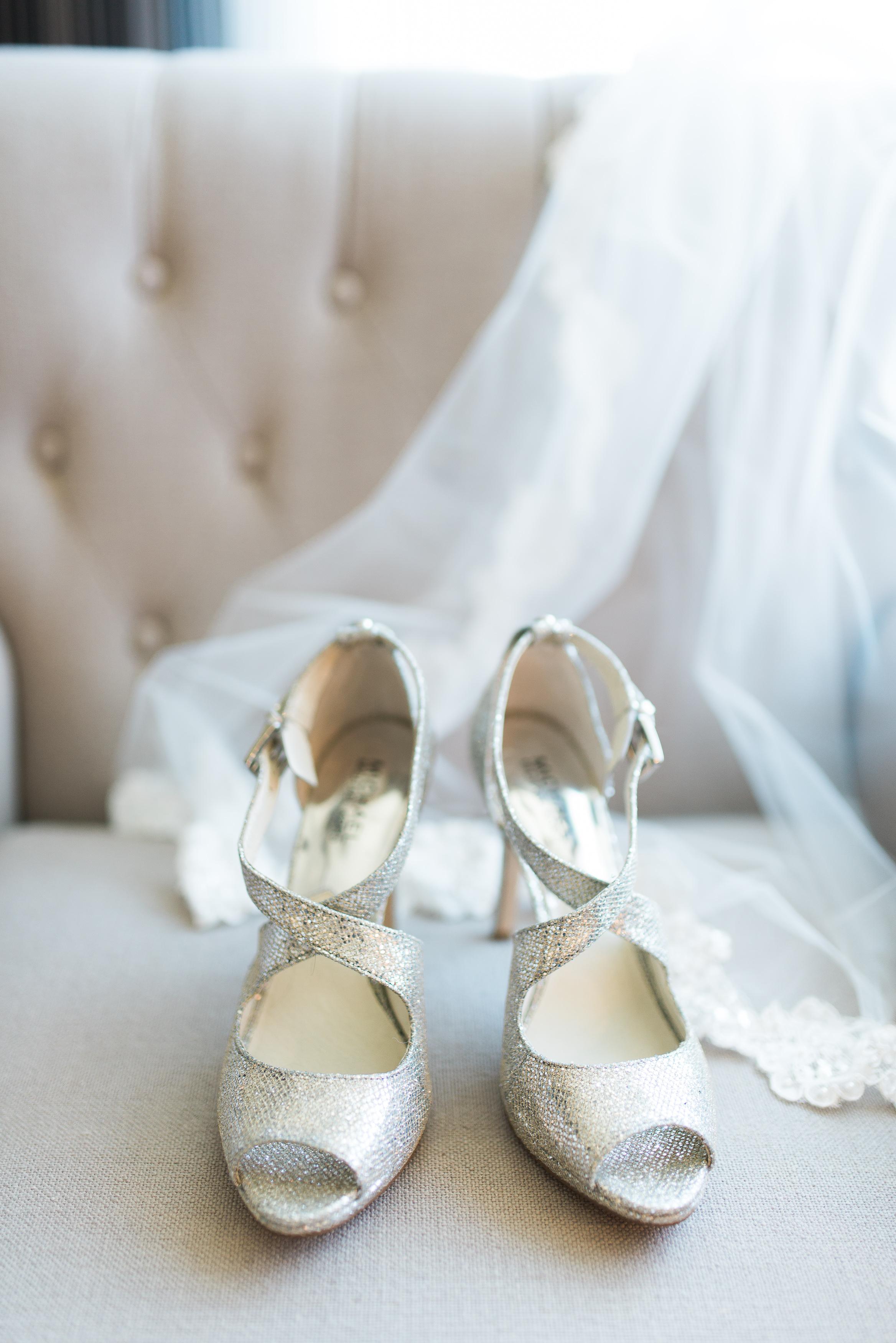 silver bridal heels // persian wedding ceremony