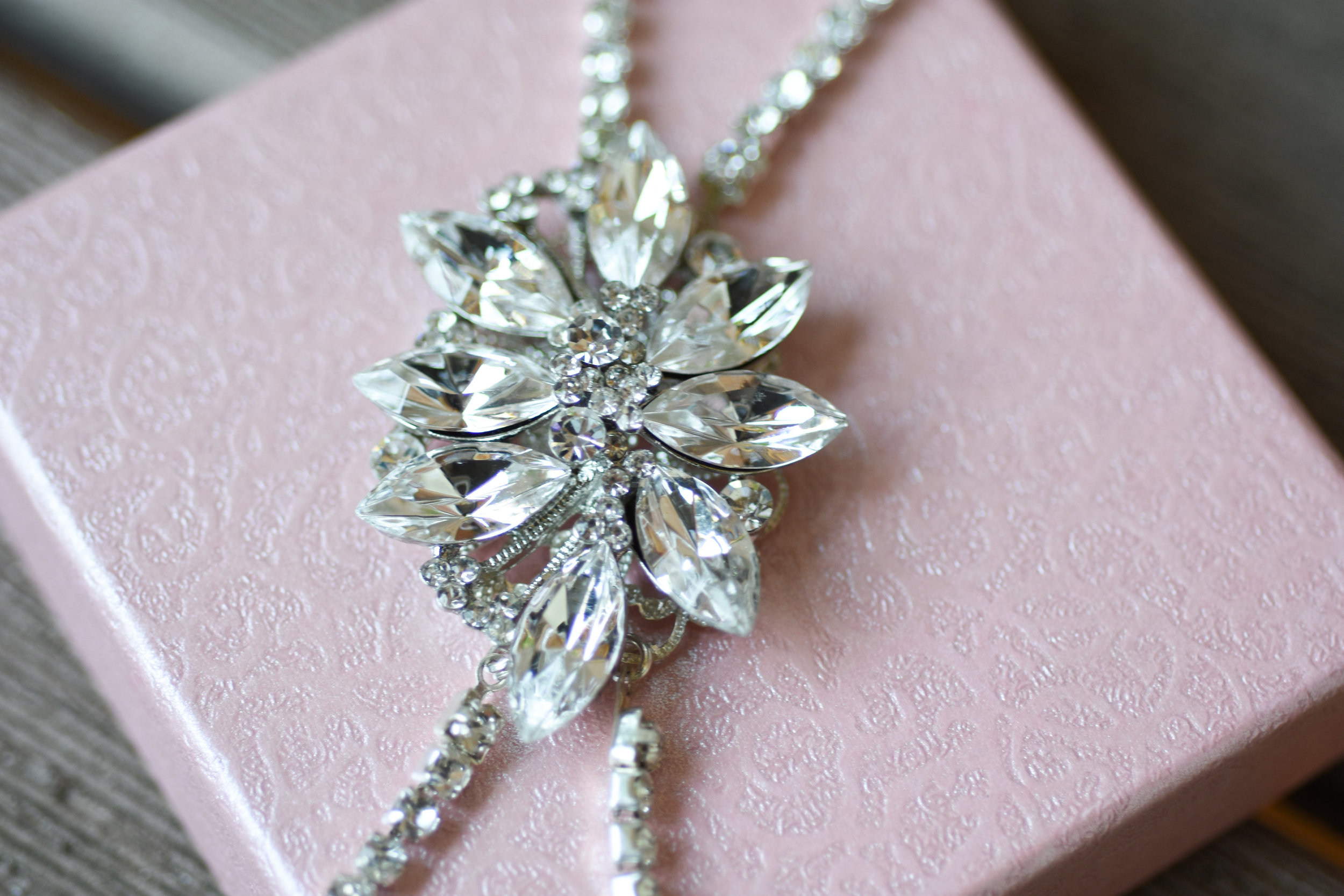 bling bridal accessories // macy marie photography wedding