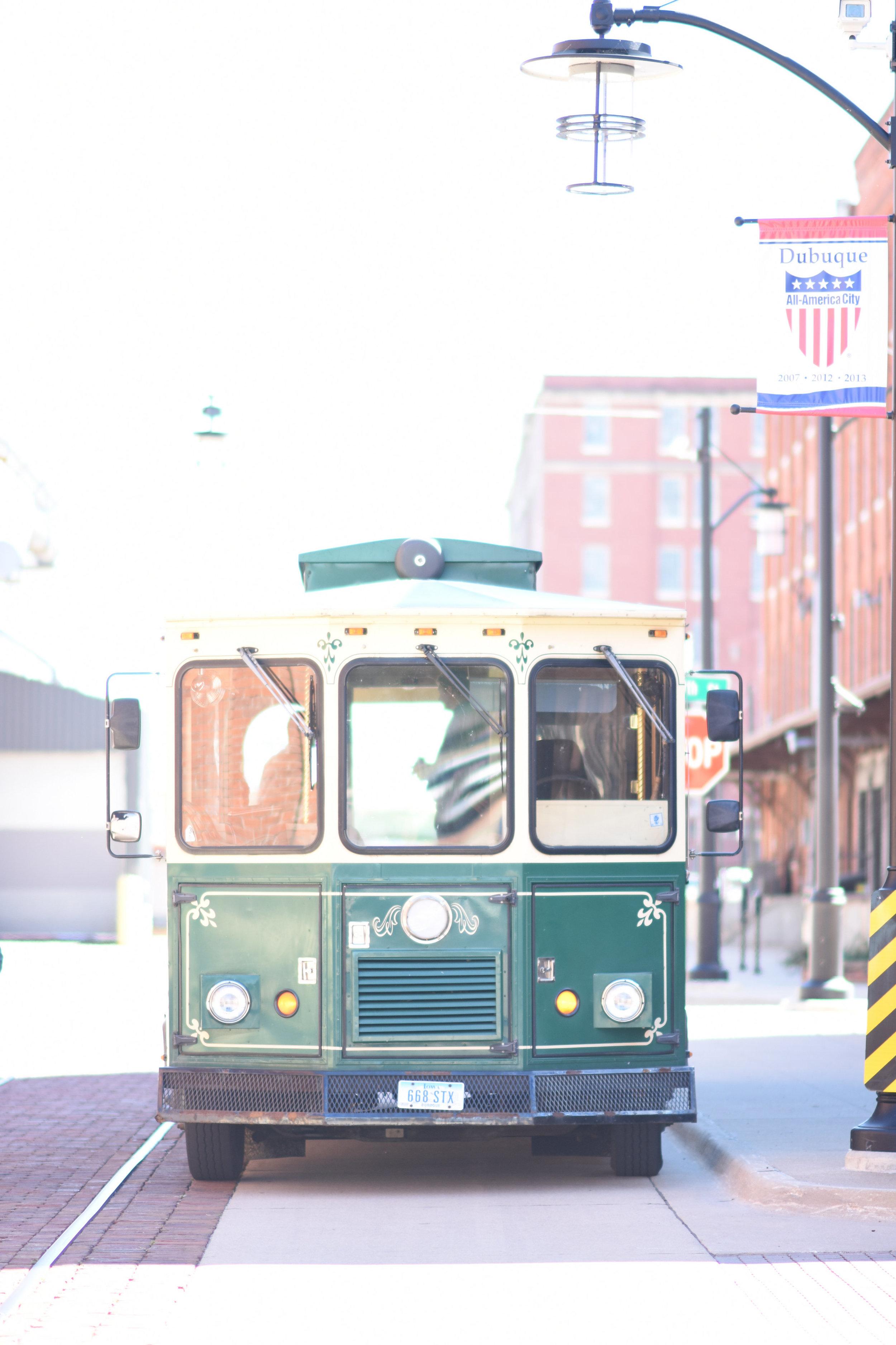 trolley wedding transportation // macy marie photography wedding