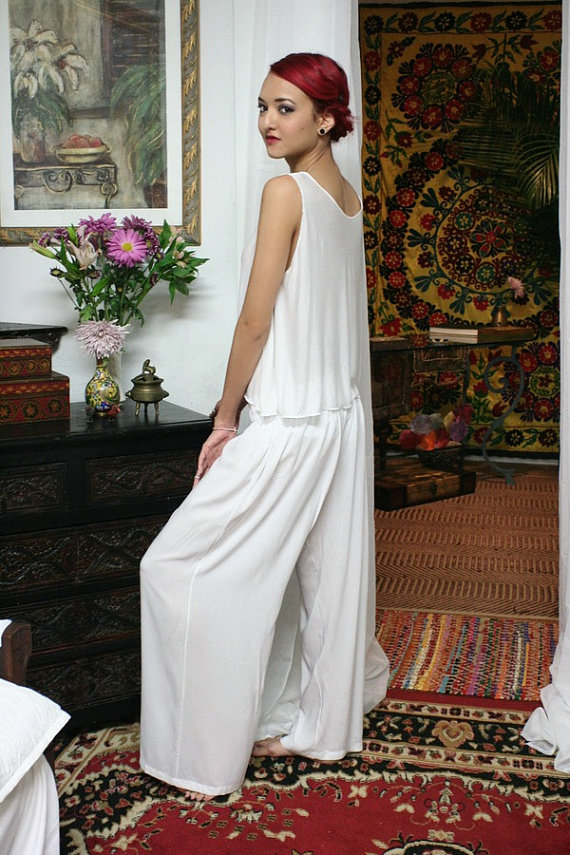 white sillk honeymoon lingerie pajamas honeymoon must haves
