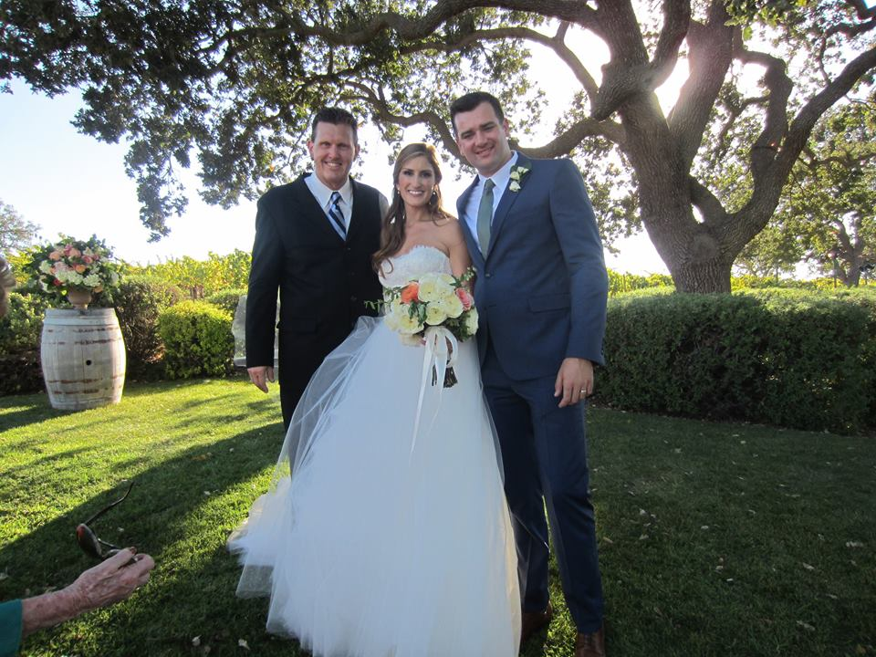 choosing a wedding officiant pastor