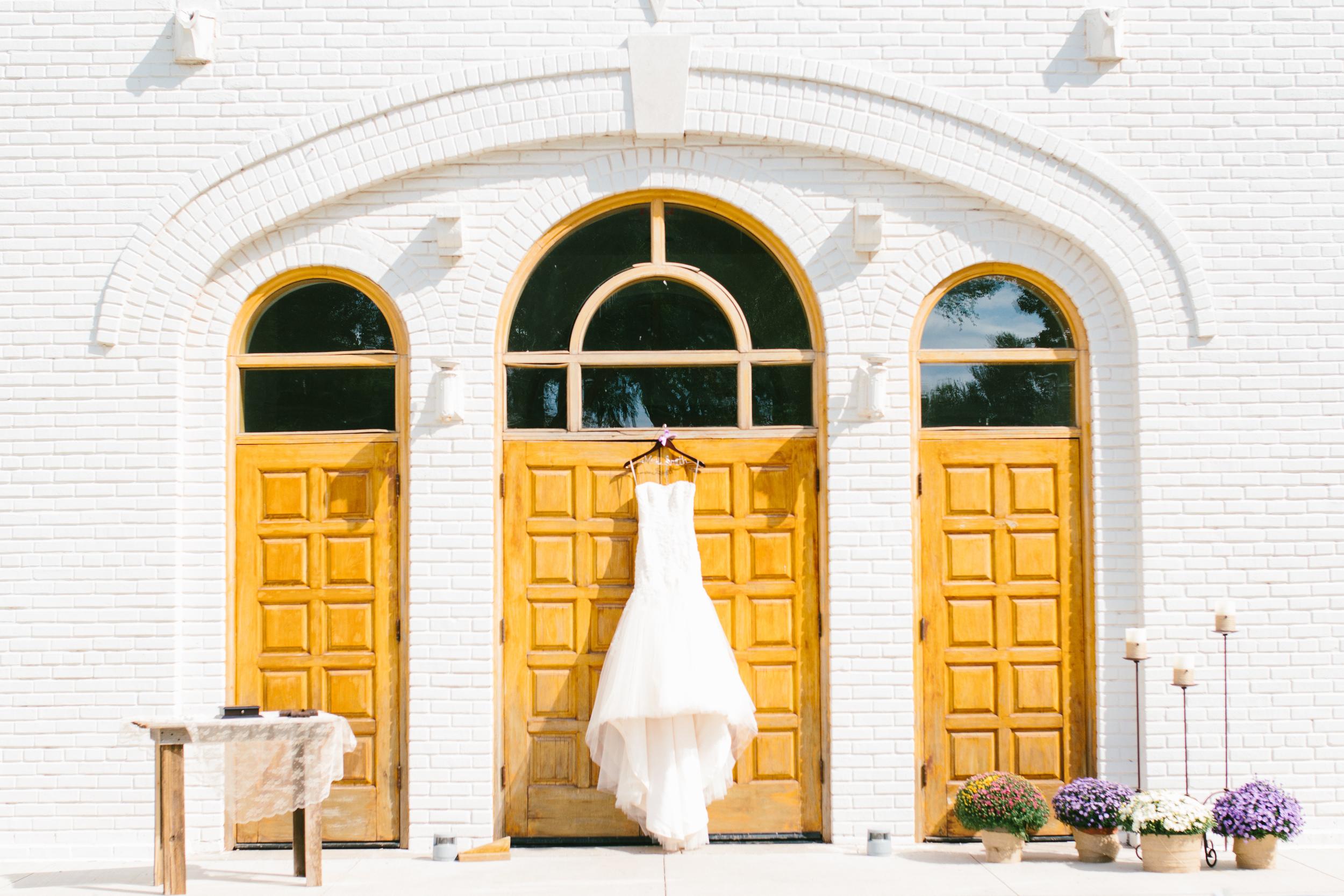 rustic lace wedding dress - rustic intimate oklahoma wedding at Darlington Chapel