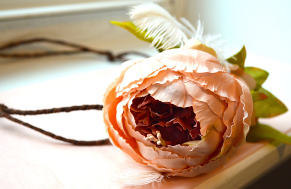 Bridal Woodland Flower Crown. Wedding Hair Crown. Bridal Flower Wreath. Bohemian Flower Crown. Flower Wreath. Pink Flower Hair Accessory.
