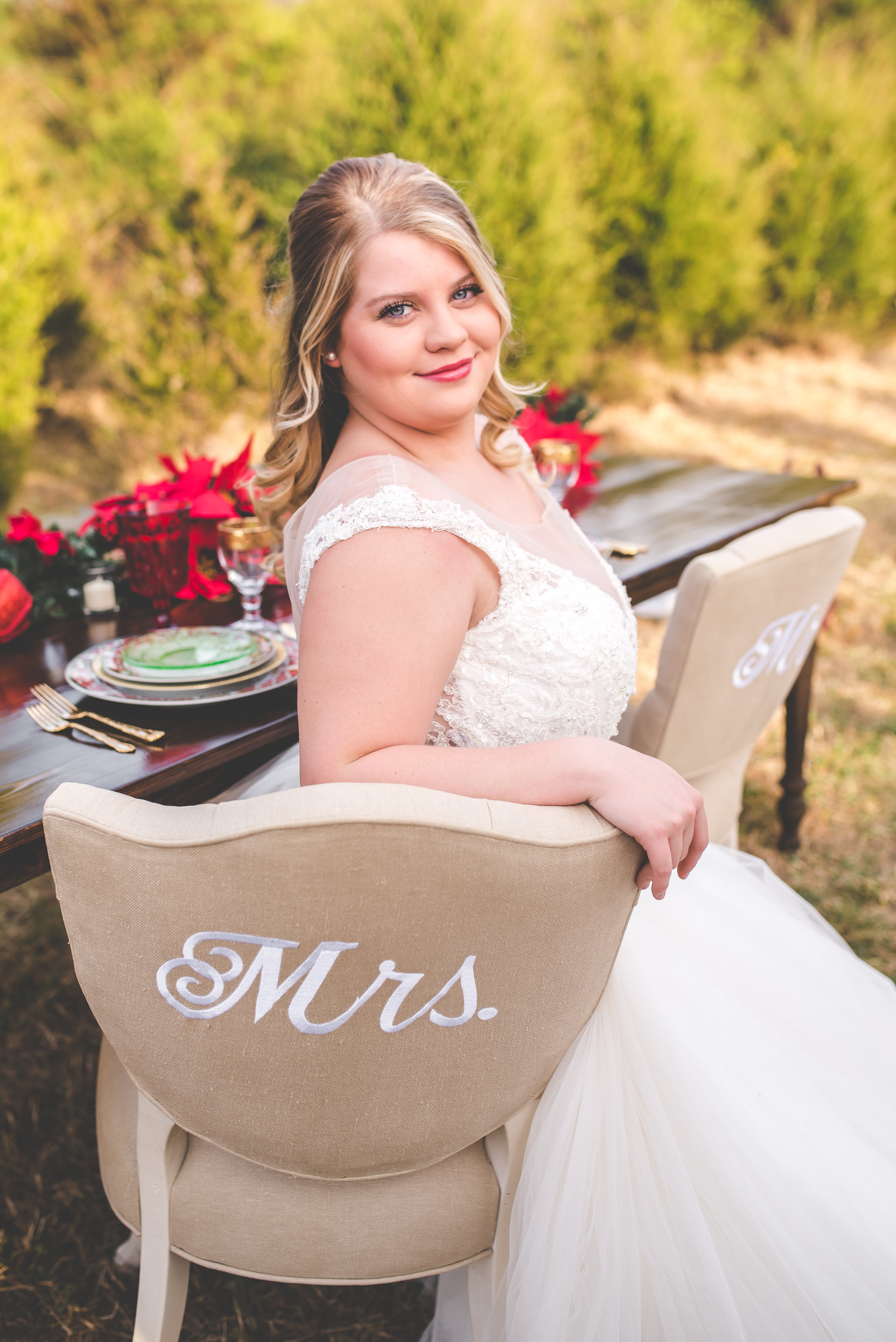 A Carolinas Christmas Inspired Wedding Styled Shoot, Christmas Table Setting - Southernly Studios