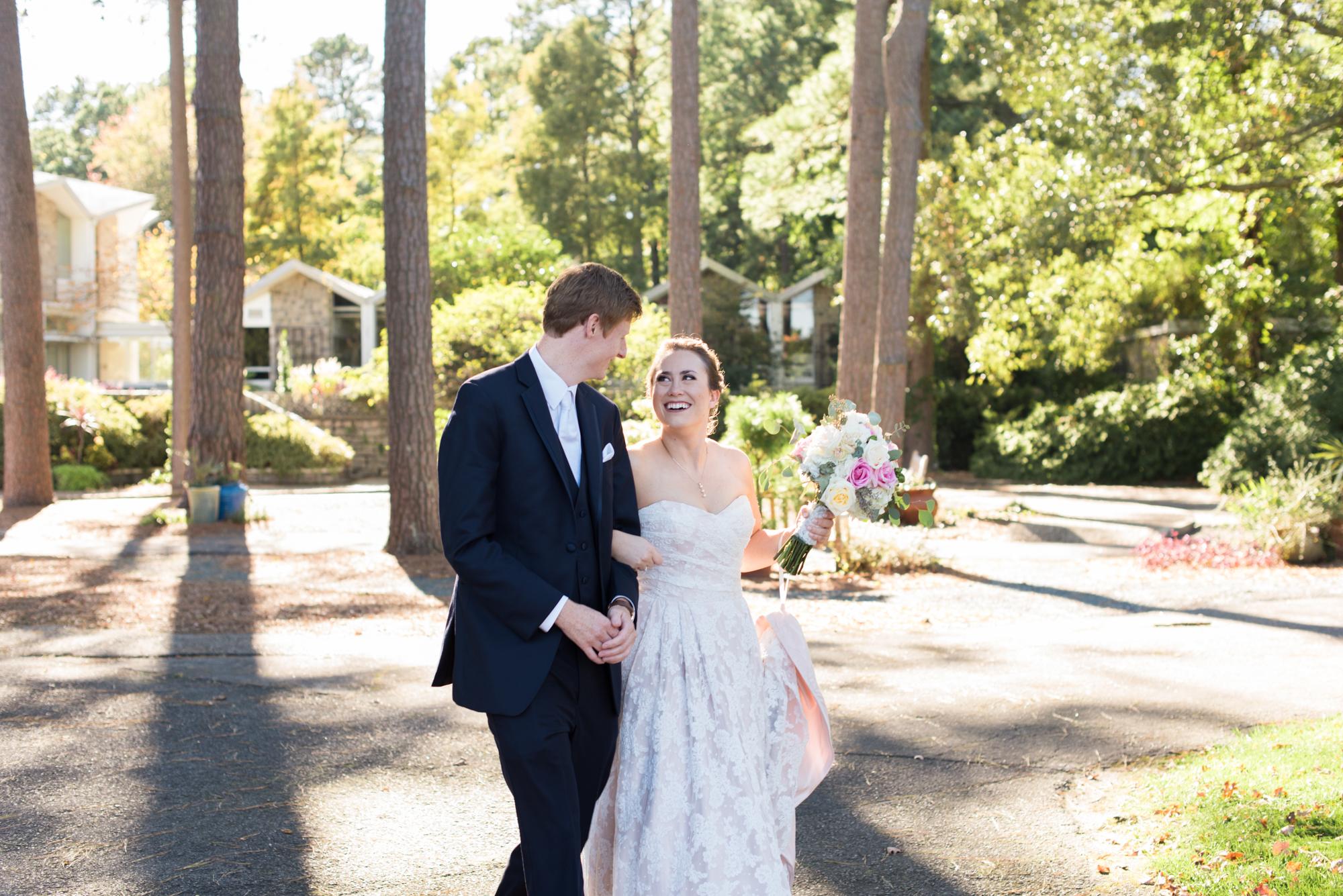 Gorgeous Wedding photography - Travel Themed Wedding - Caitlin Gerres Photography
