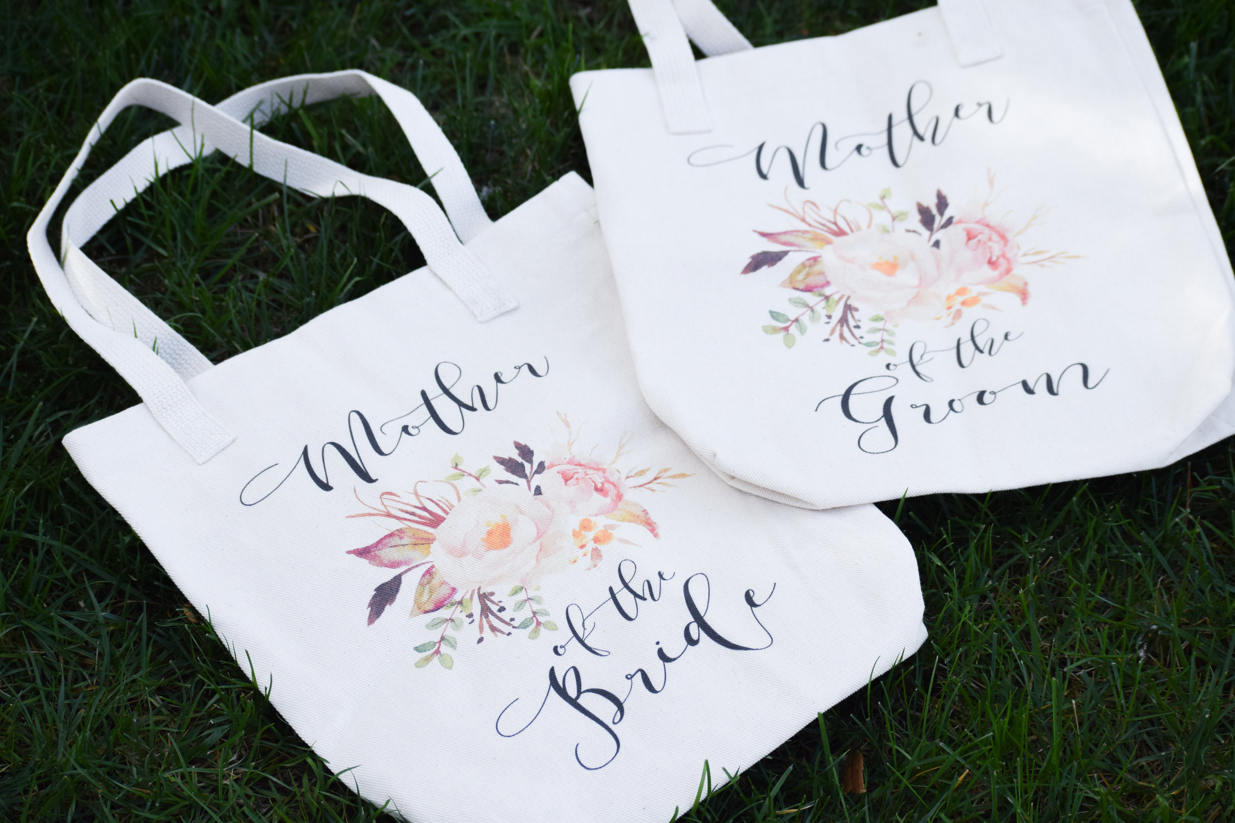 Mother of the Bride Gifts + Mother of the Groom Gifts -- Bridesmaid Tote Bags -- Instant Threads