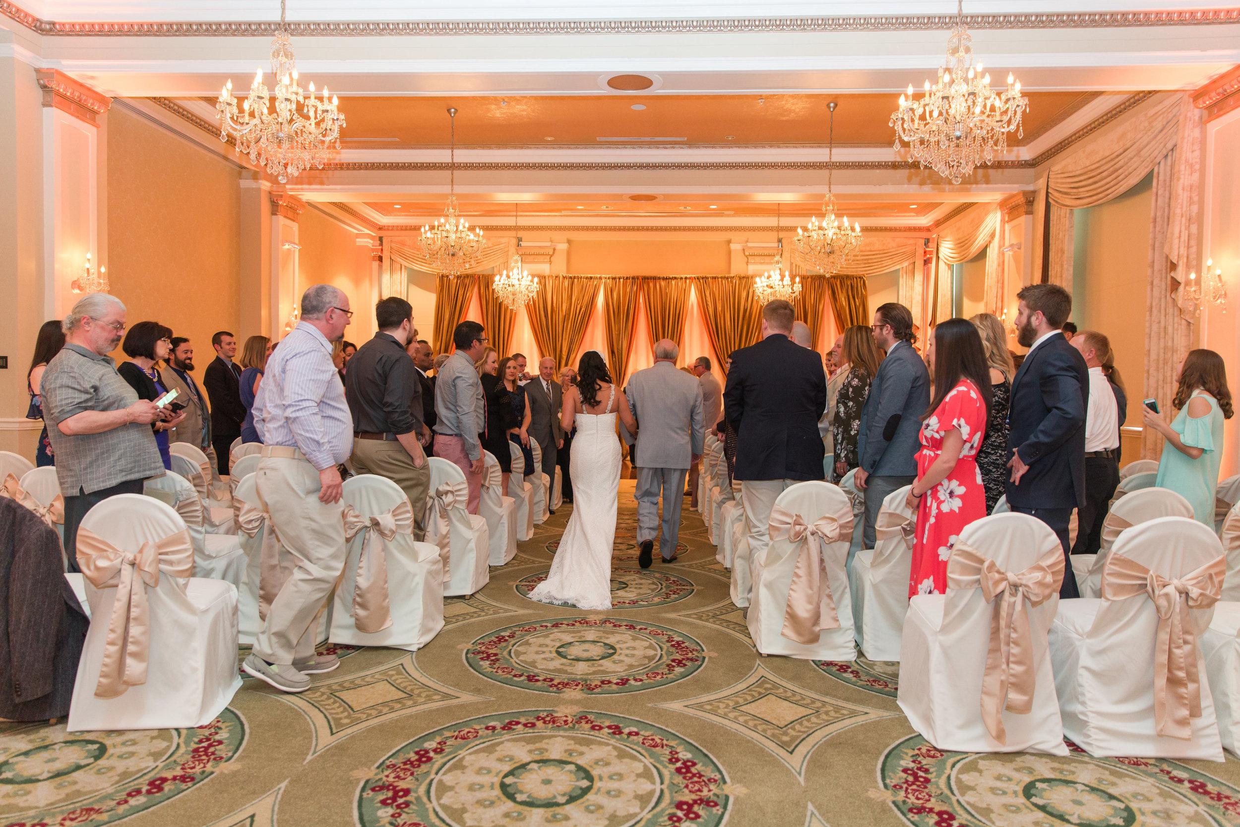 A Classic George Washington Hotel Wedding - Photography by Marirosa