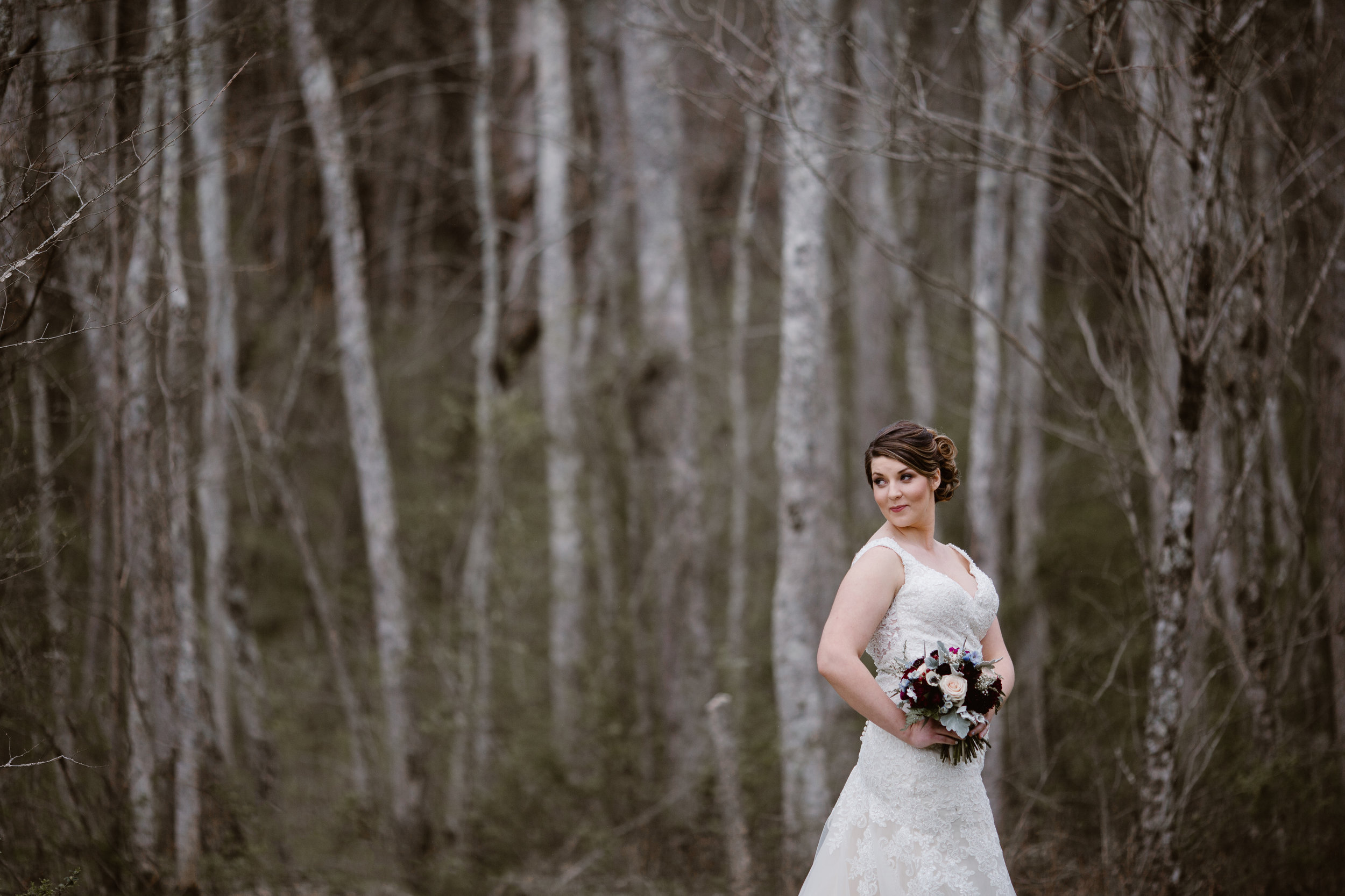 Maroon Fall Wedding Bouquet - A Burgundy + Bronze Ramble Creek Fall Wedding - Erin Morrison Photography