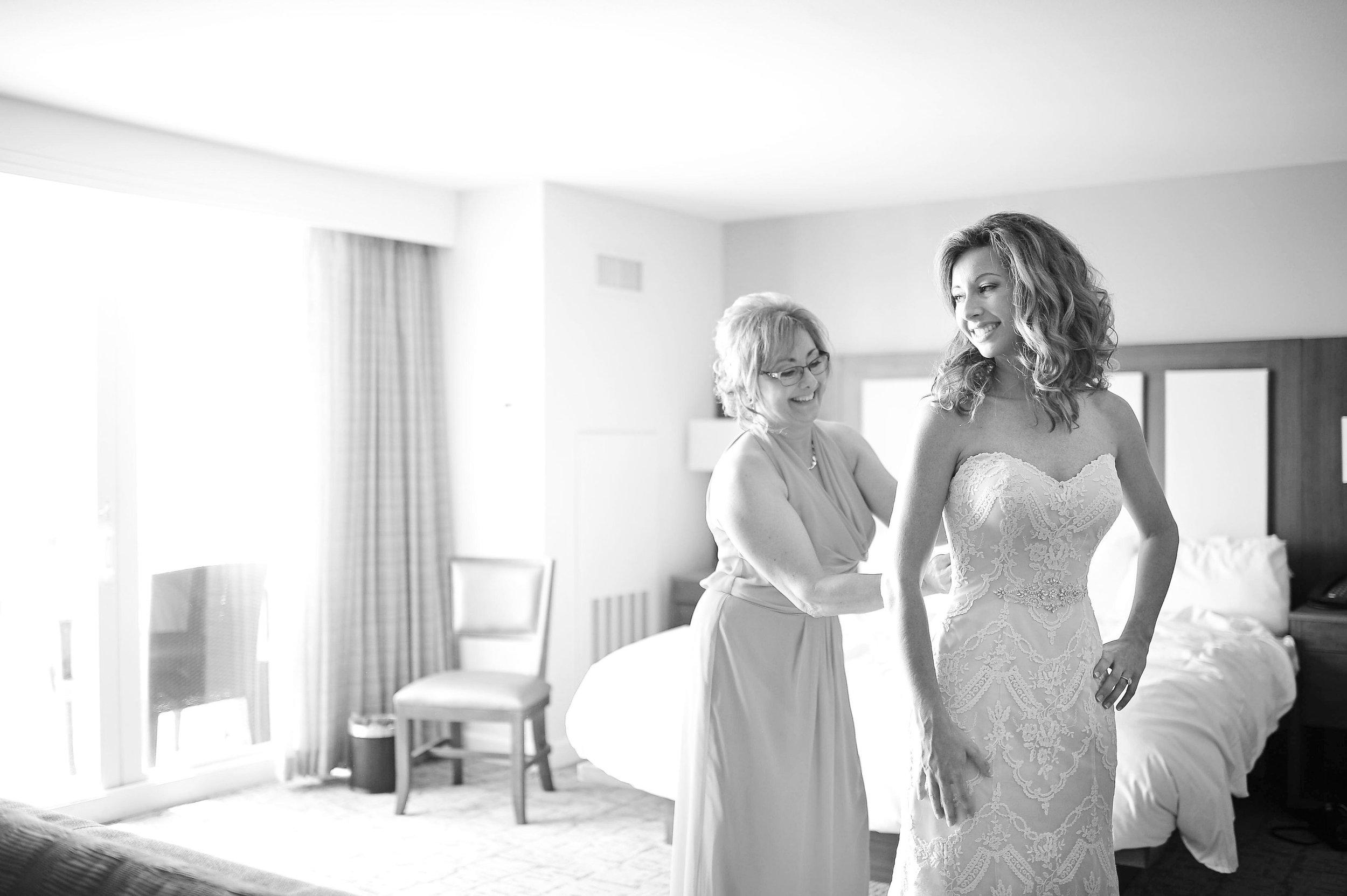A Clearwater Beach Florida Destination Wedding - Amanda McMahon Photography