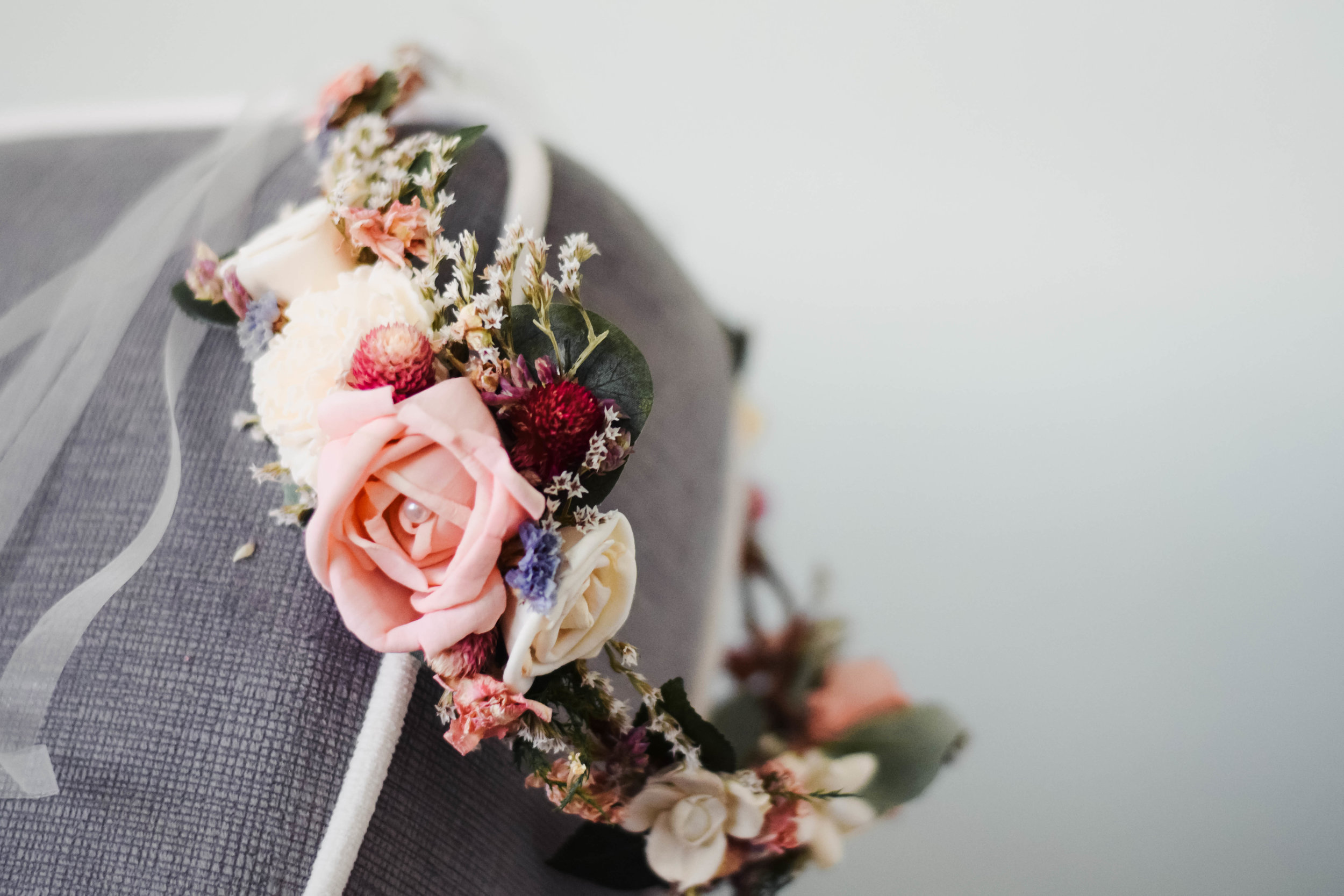 A Rustic Sola-Dried Flower Crown - The Blooming Corner -- Wedding Blog - The Overwhelmed Bride
