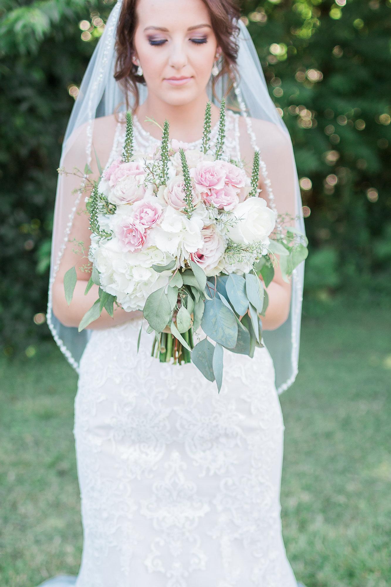 A White + Blush East Tennessee Modern Church Wedding - Robin Collins Photography -- Wedding Blog - The Overwhelmed Bride