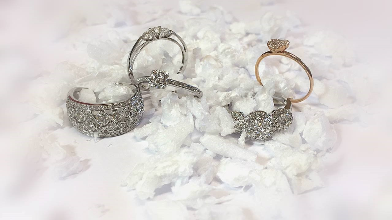 Vintage Winter Wedding Bridal Jewelry-Accessories - Browns Family Jewellers -- Wedding Blog - The Overwhelmed Bride
